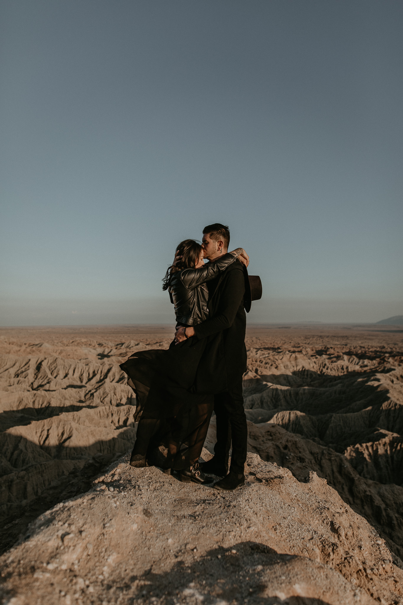 T+L_Desert_Couple_Session_AnzaBorrego_041.jpg