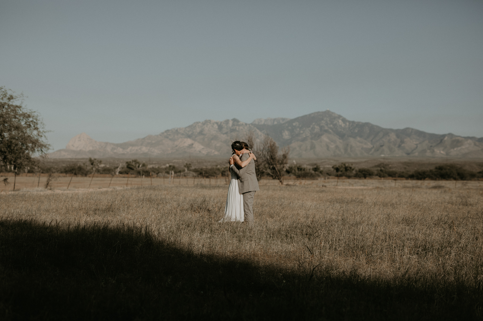 L+K_Tucson_AZ_Wedding_023.jpg