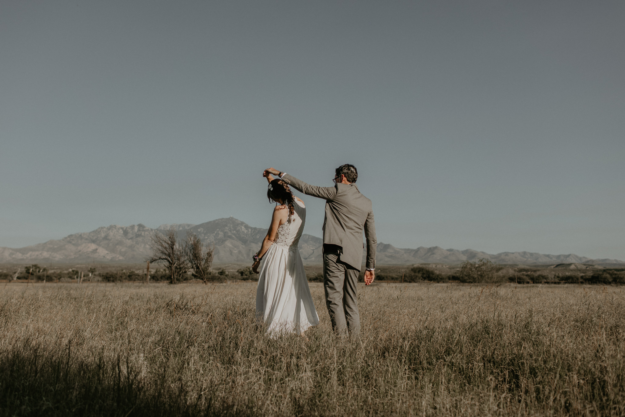 L+K_Tucson_AZ_Wedding_025.jpg