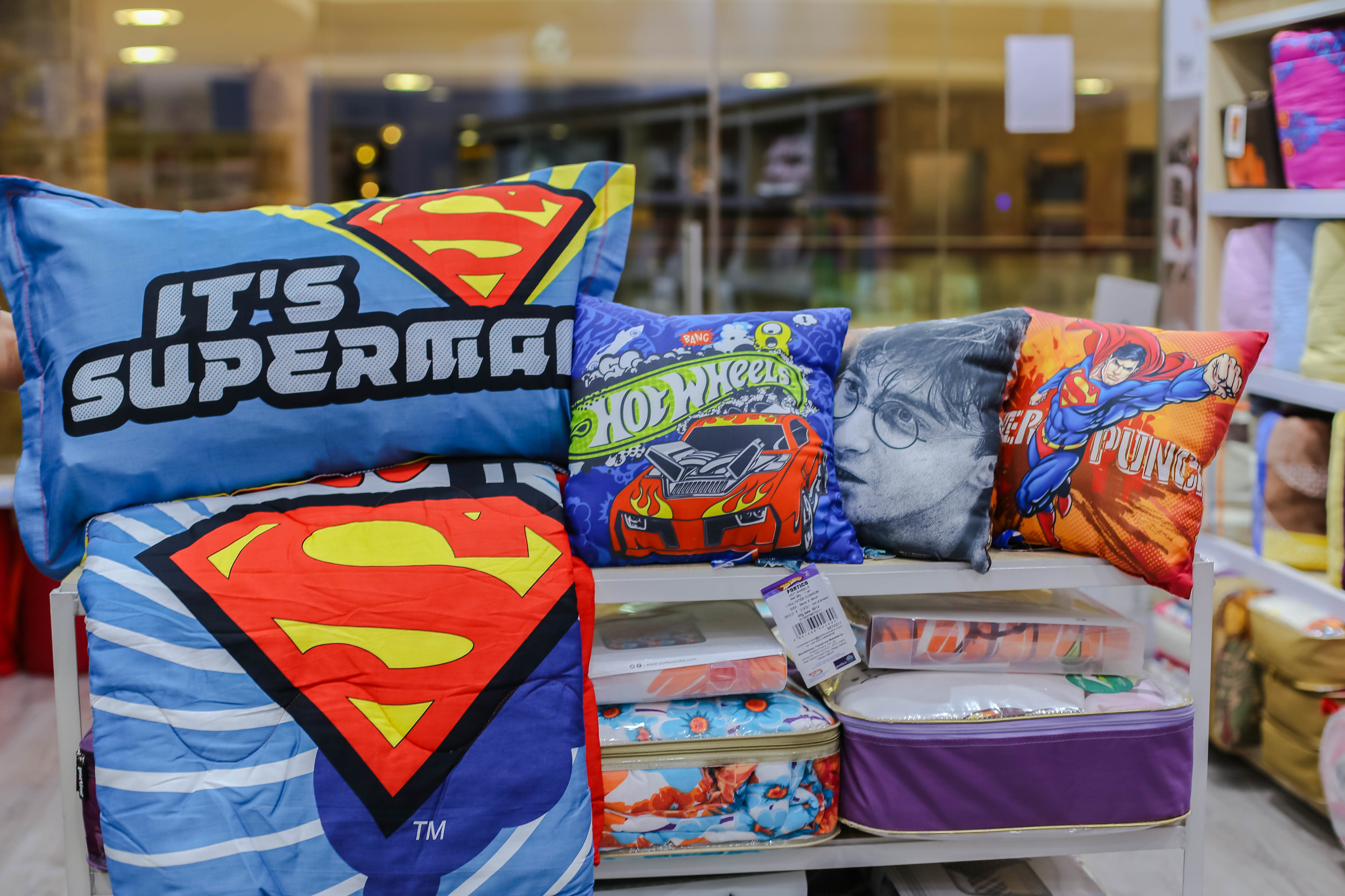 Superman cushion 399
