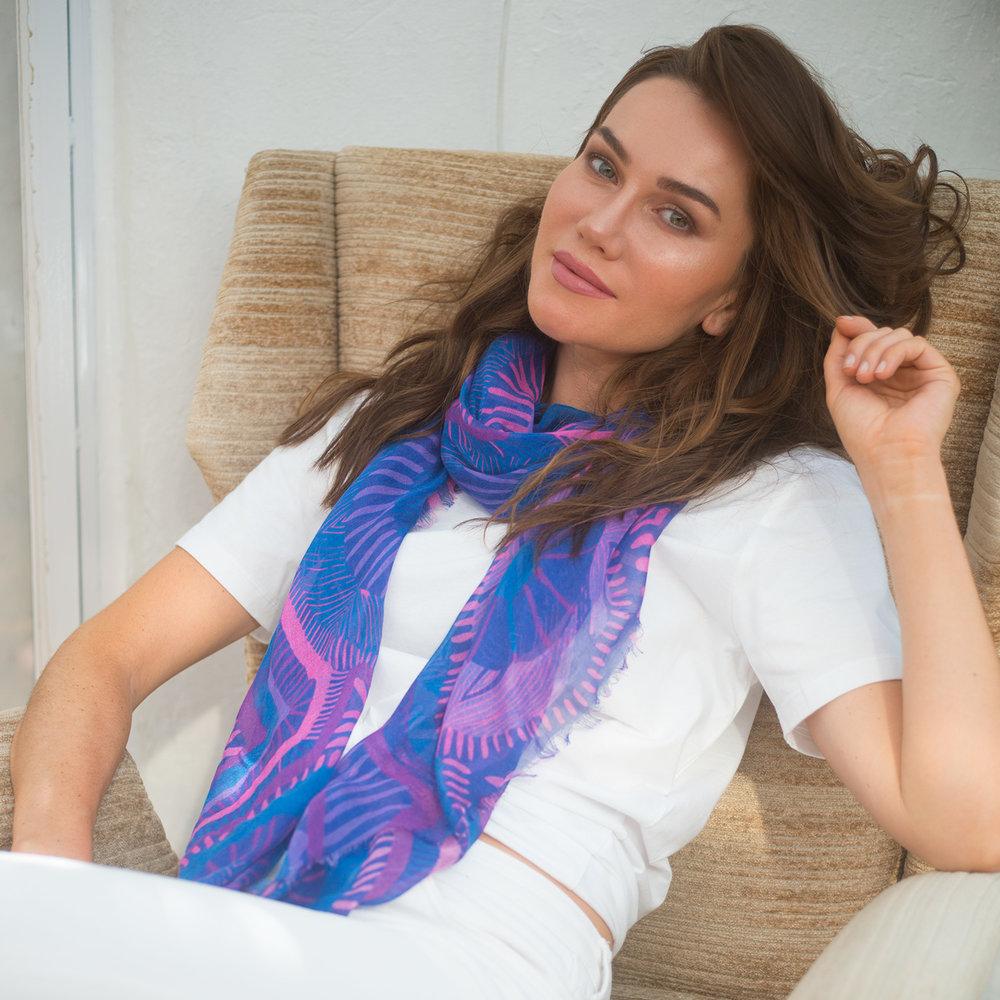 Lapis Voyeur scarf // £175