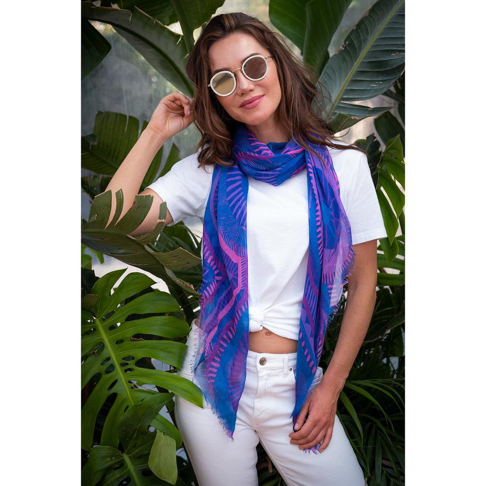 Lapis Voyeur scarf