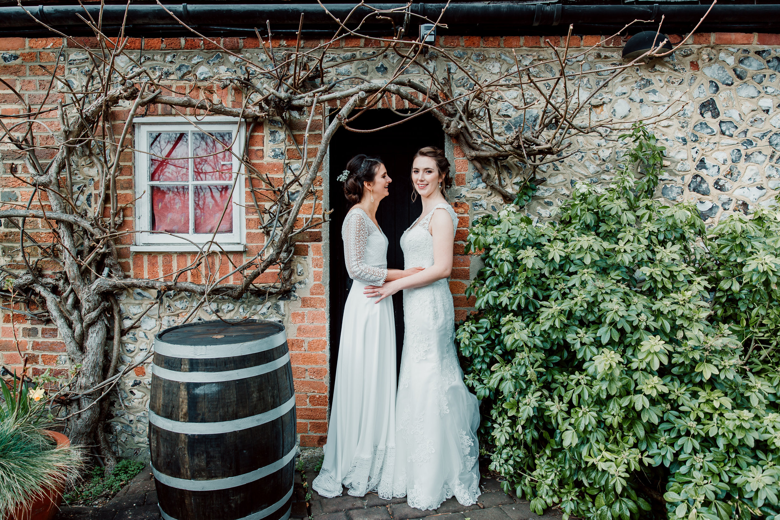 Vanessa & Hannah Wedding Photography Review