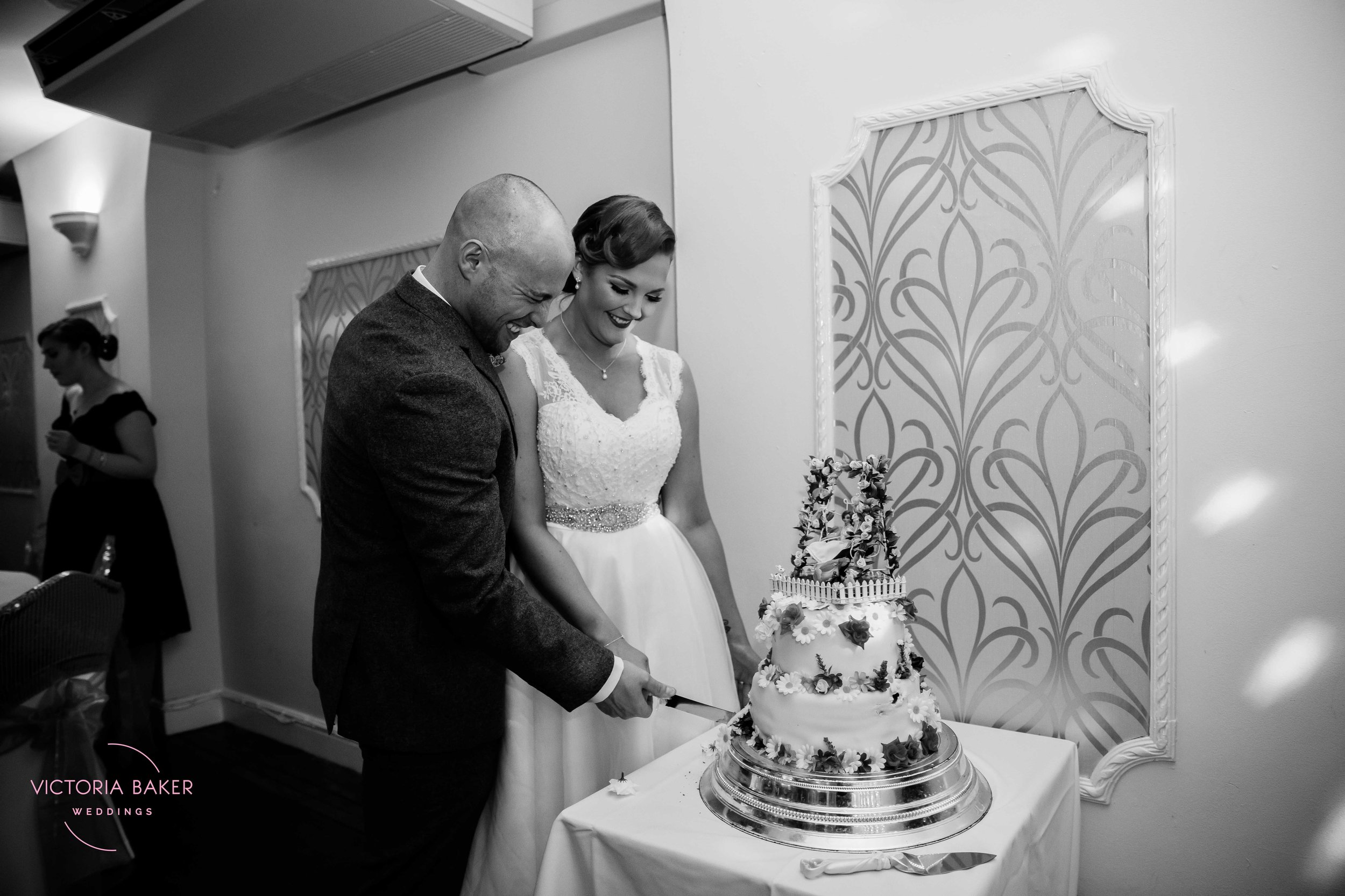 VICTORIABAKERWEDDINGSSam&AnthonySaltburnWedding-499.jpg