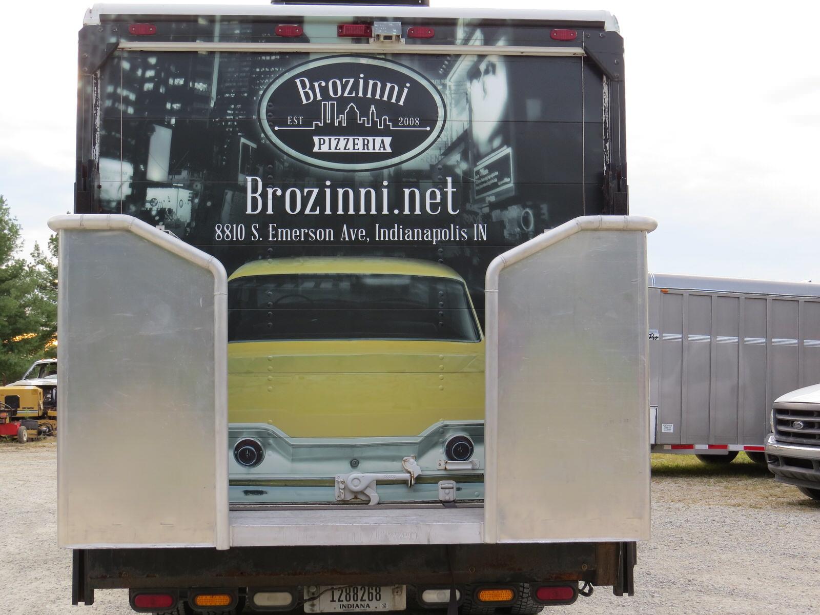 Brozinni_Pizzeria_truck-0134.JPG
