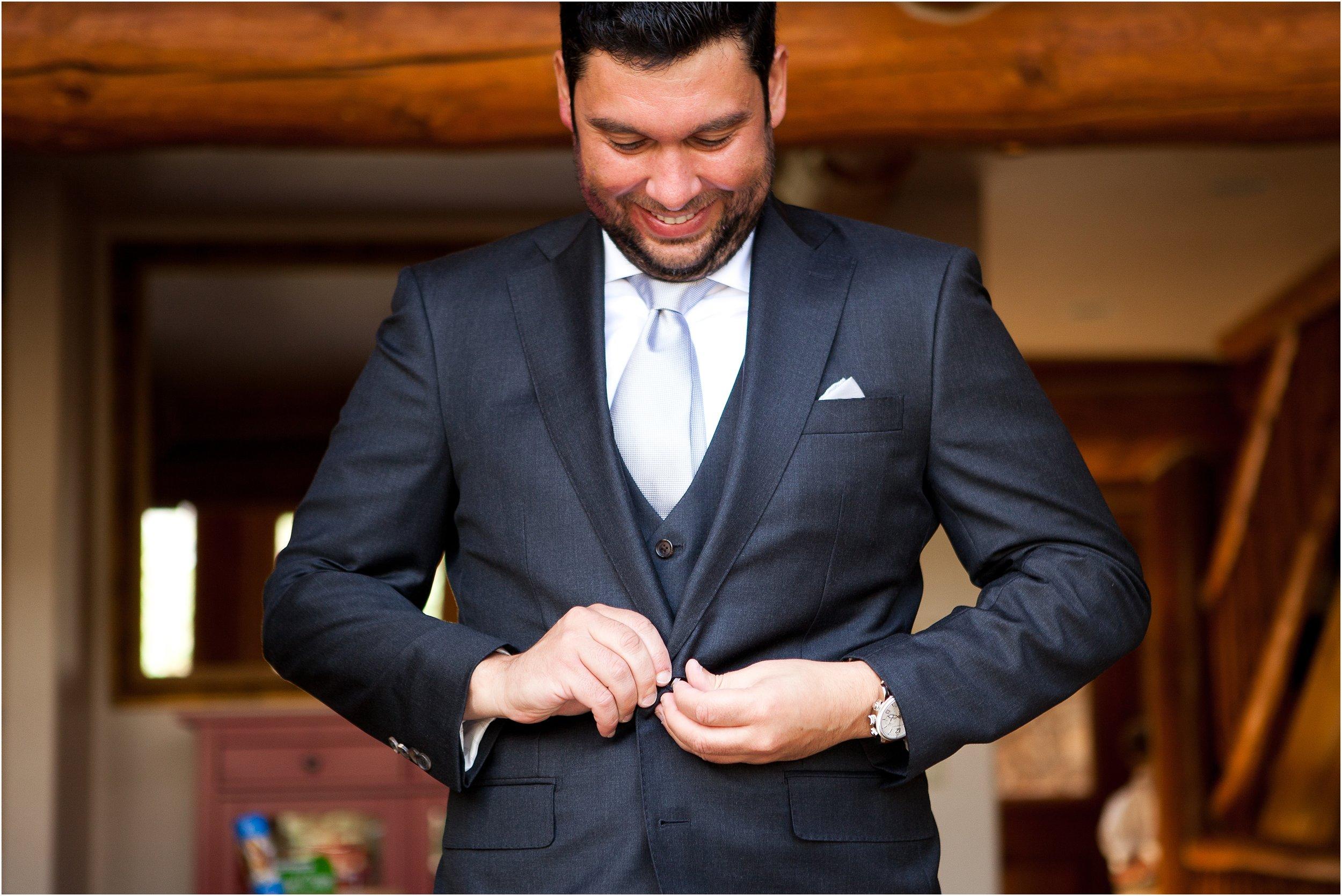 durango-wedding-photography-groom.jpg