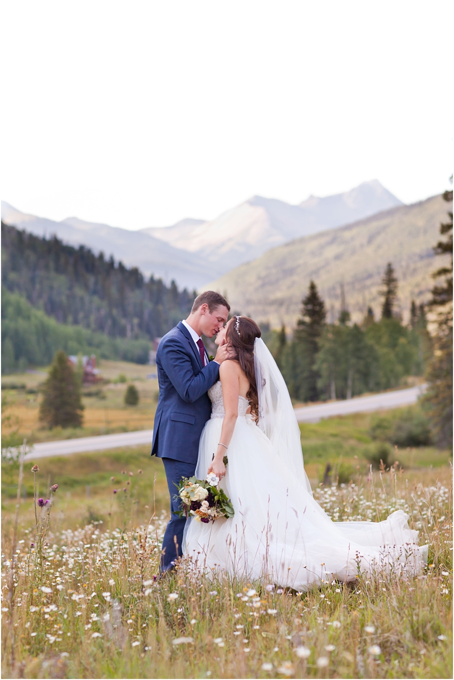 durango-colorado-destination-wedding-photographers.jpg
