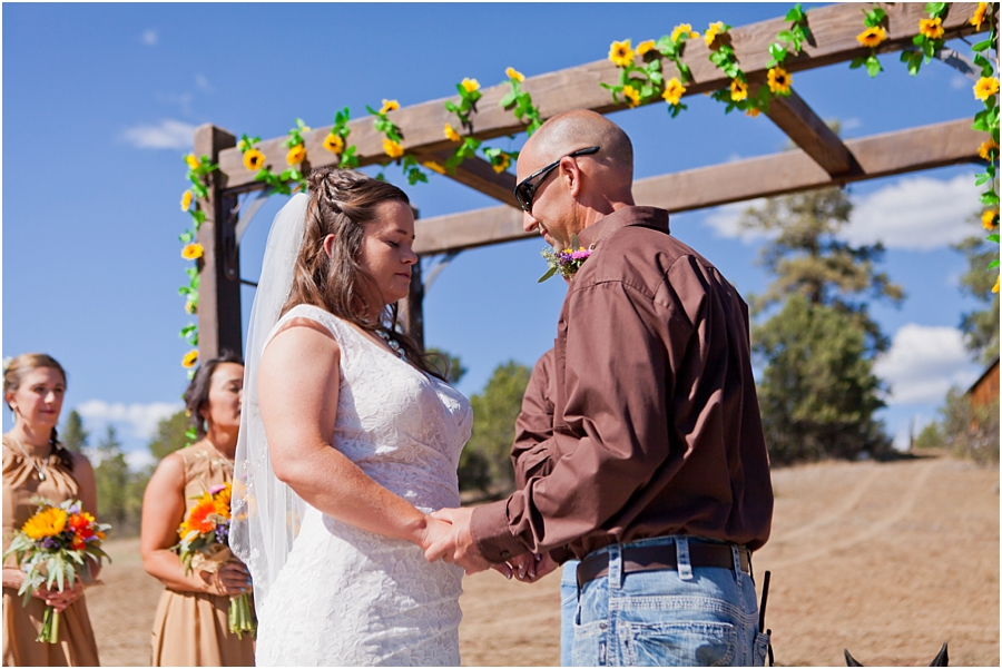 durango-colorado-outdoor-wedding.jpg