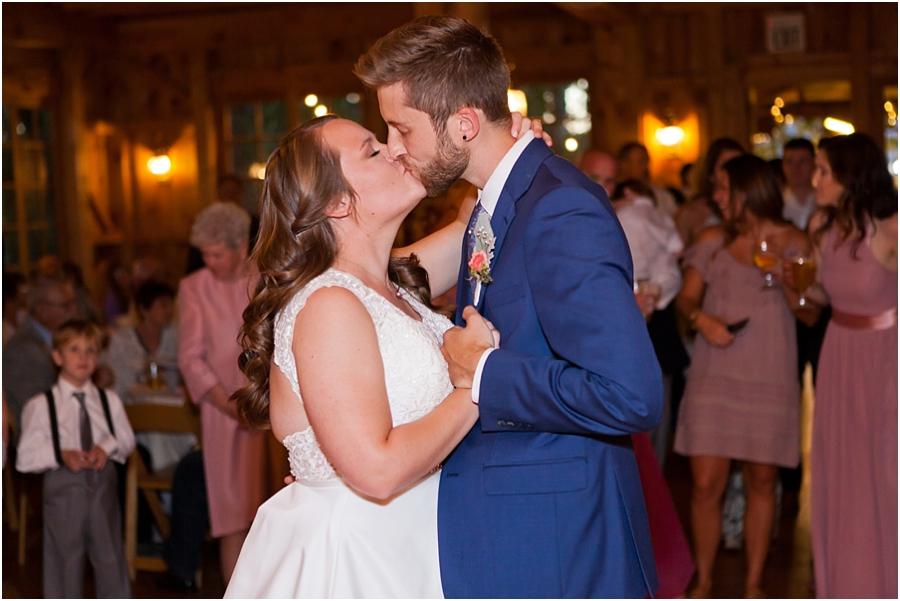 wedding-kiss-durango-colorado.jpg
