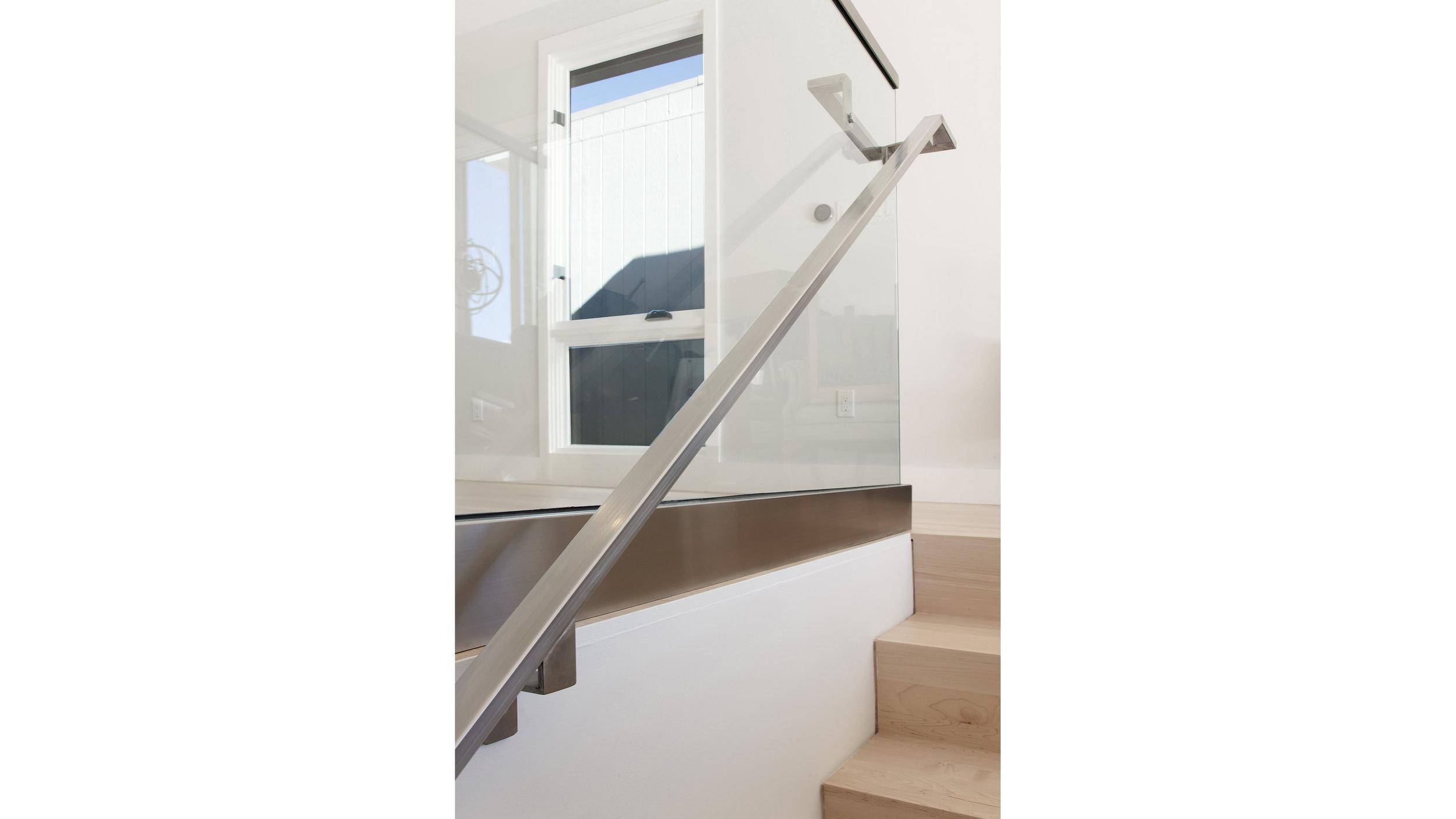 318Hill StairsUp1.jpg