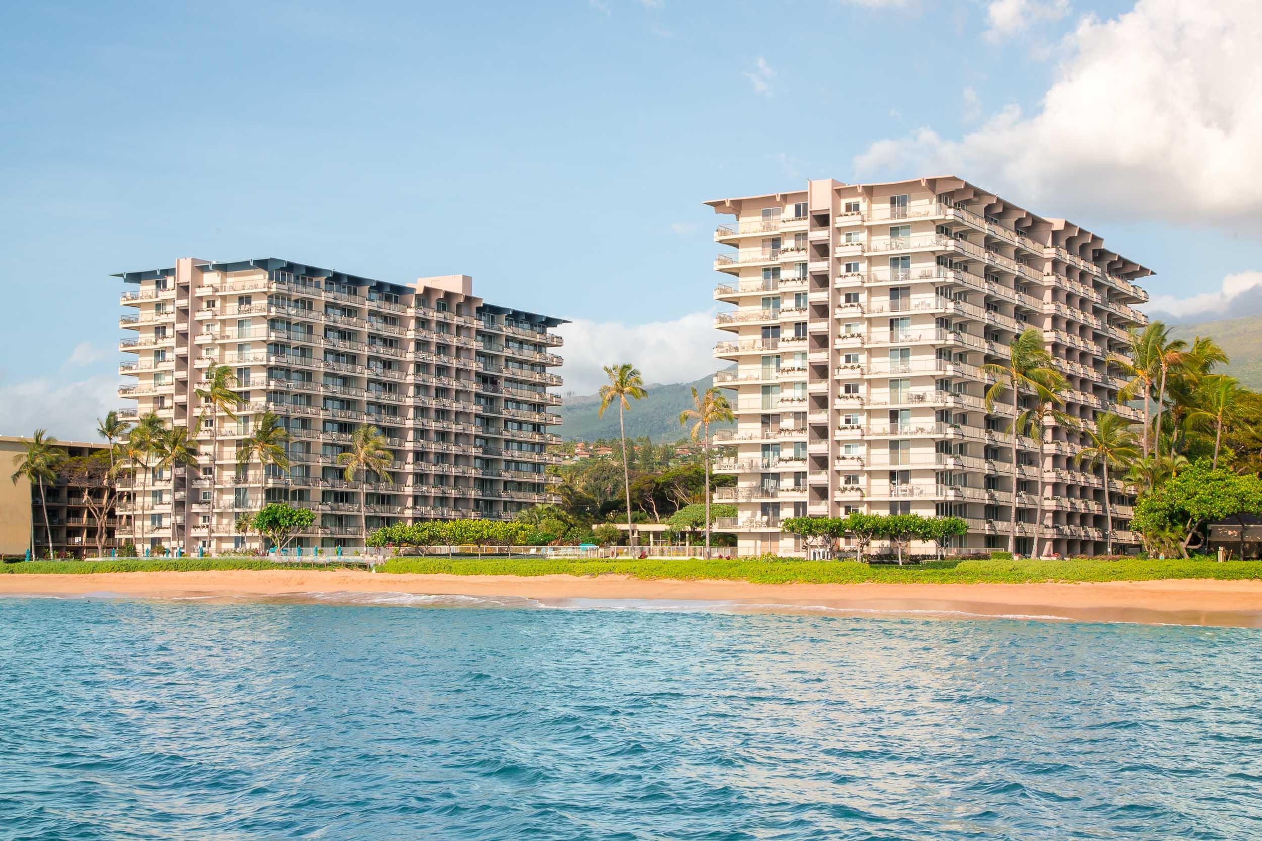 hawaiiresorts_180805_001_2500p.jpg