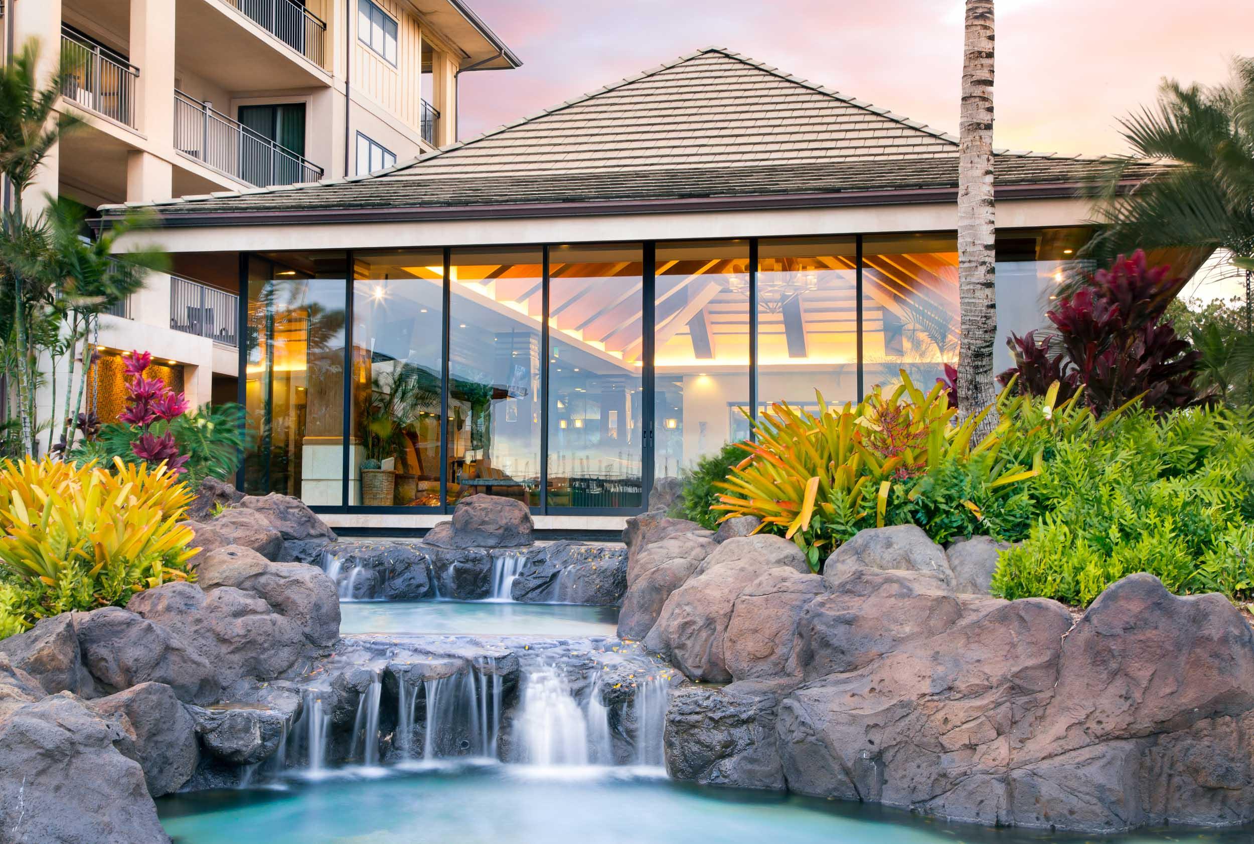 hawaiiresorts_180805_003_2500p.jpg