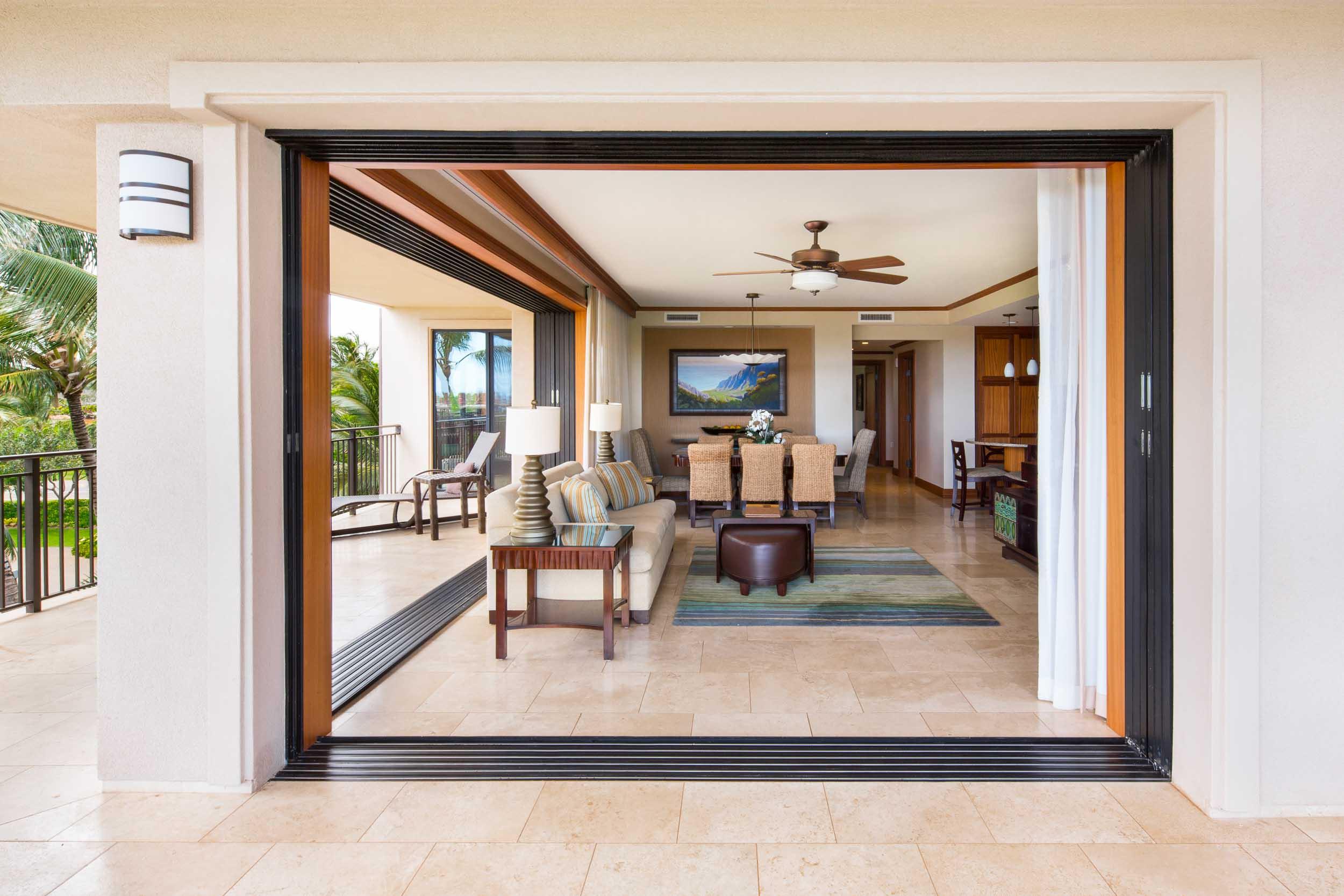 hawaiiresorts_180805_005_2500p.jpg