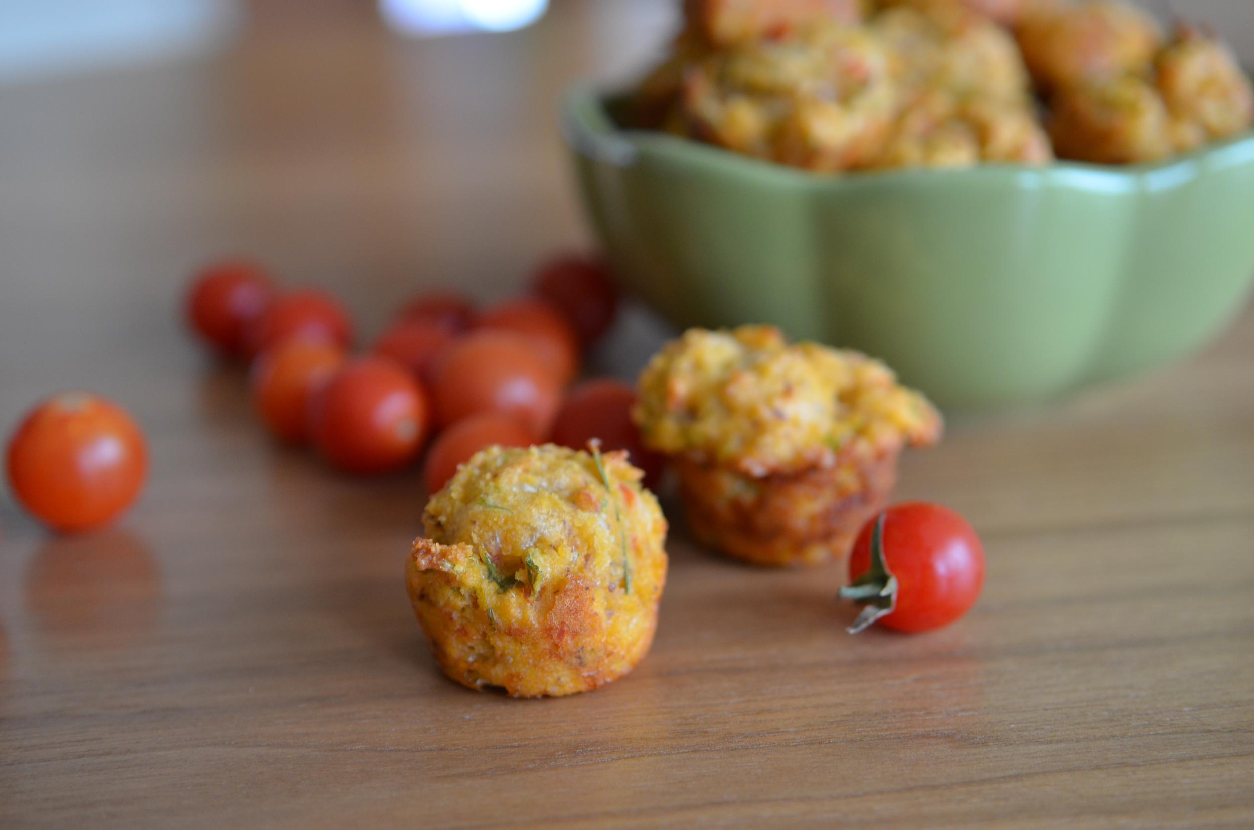 tomato rosemary mini scones