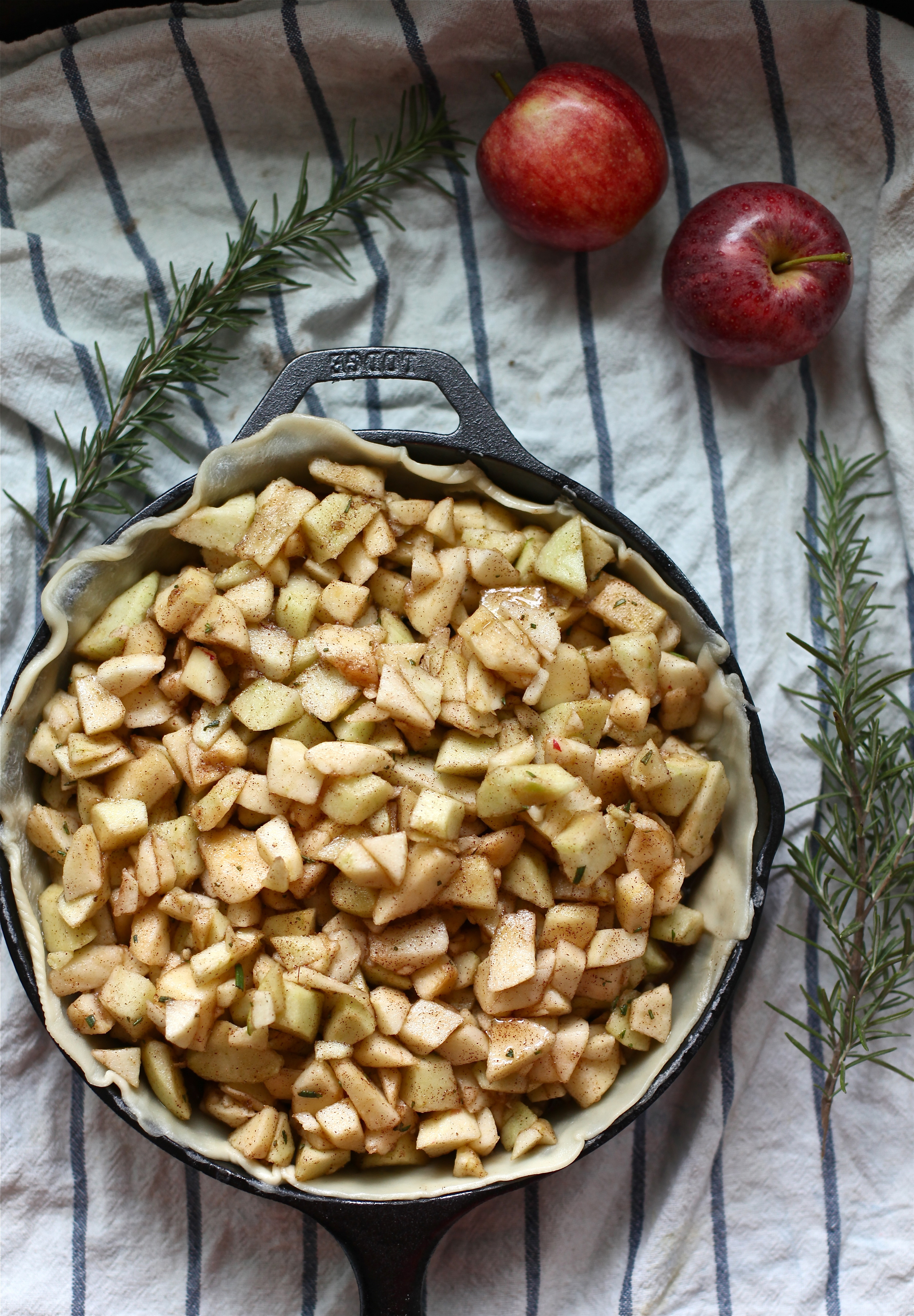 skillet rosemary & apple pie by Wit + Aroma