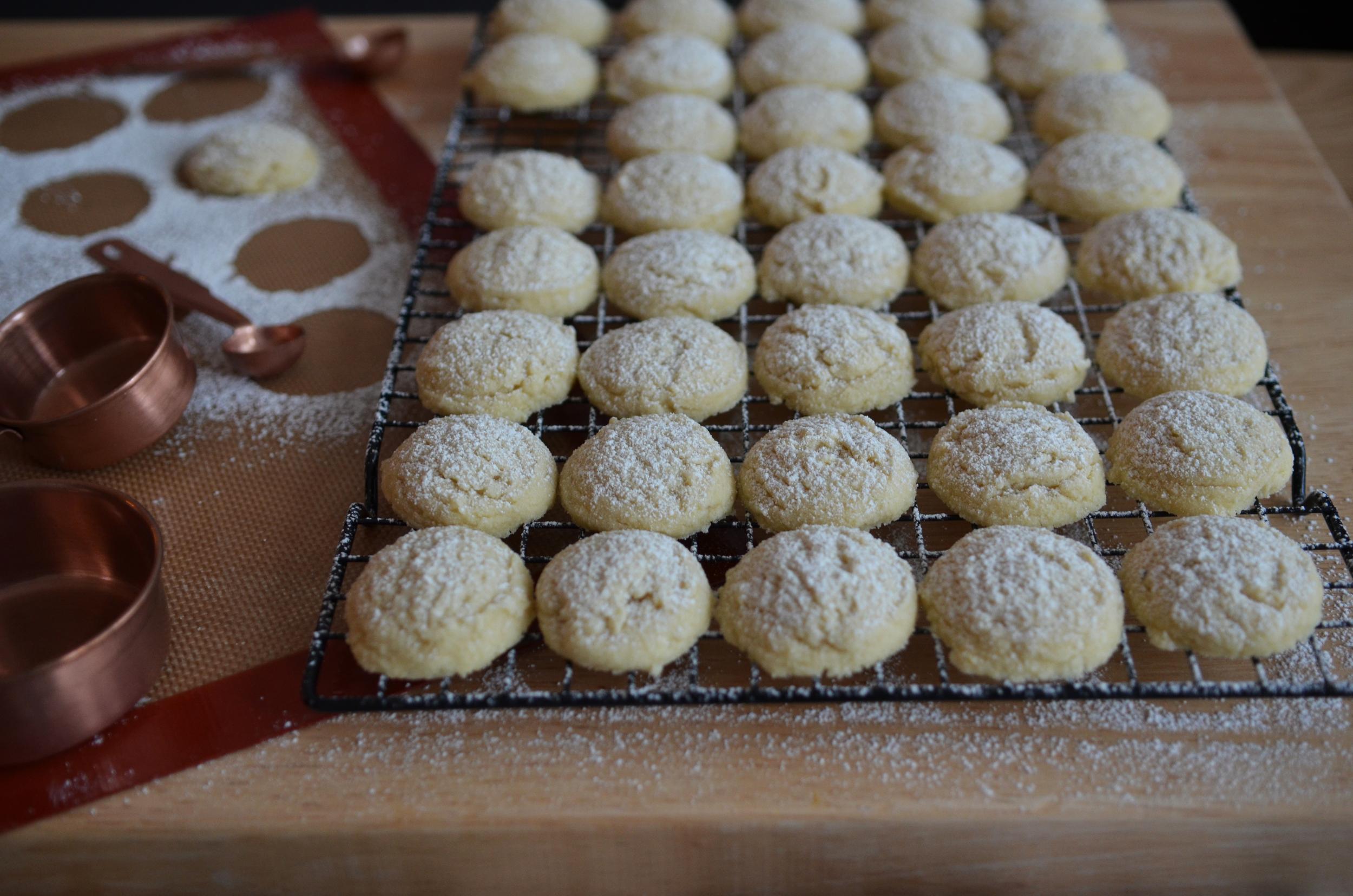 wit + aroma almond shortbread
