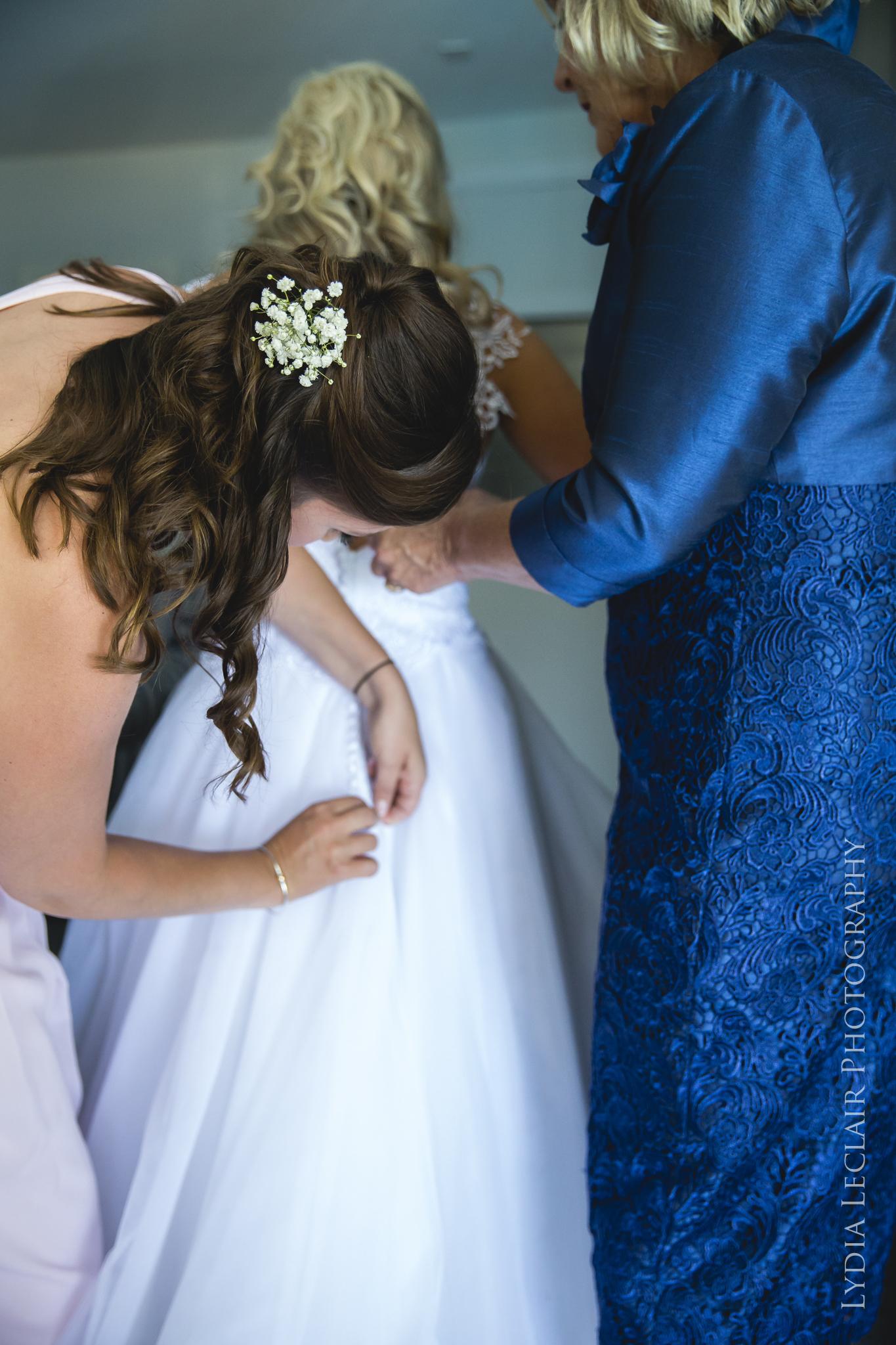popular falmouth wedding photographer