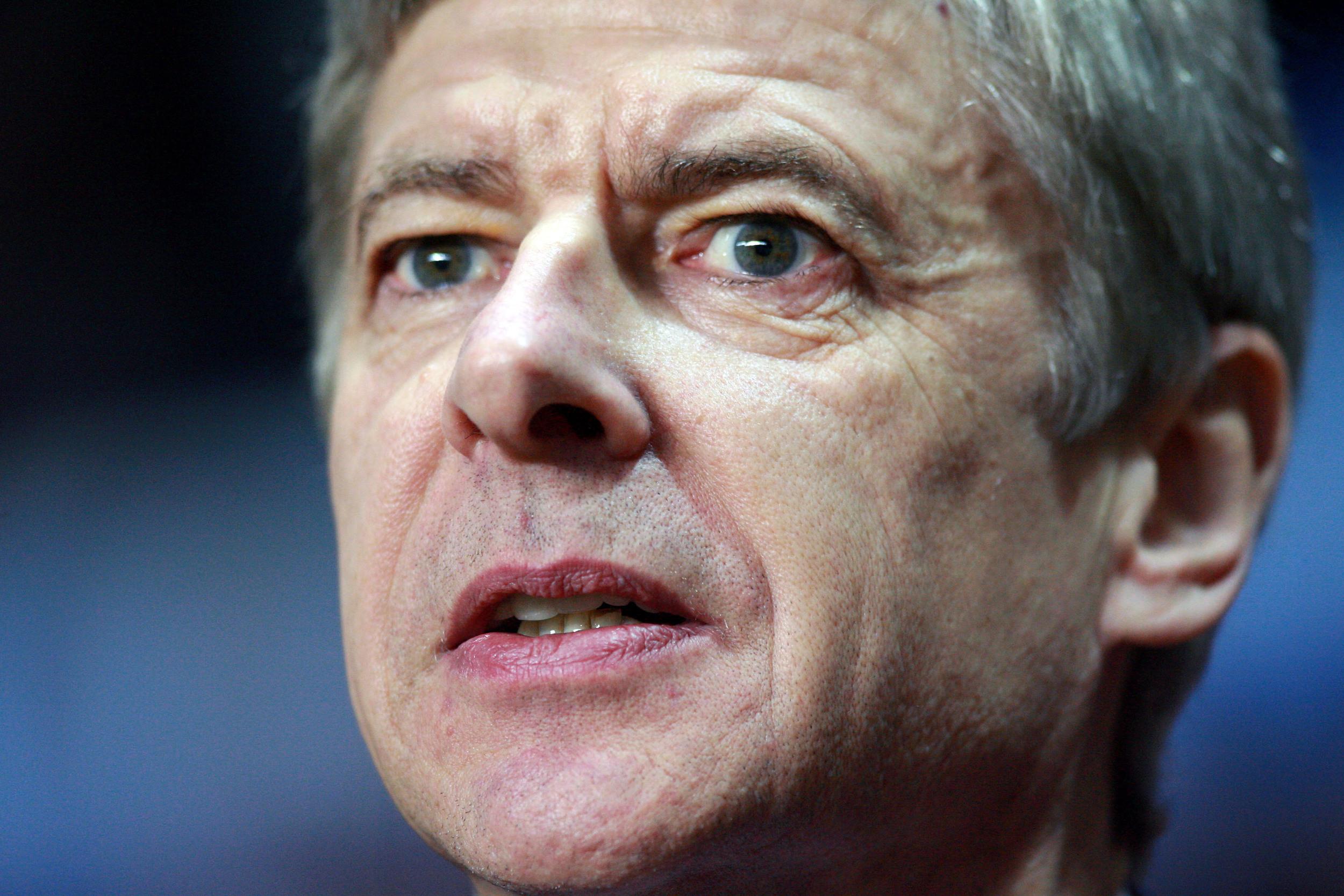 epa_Villa_Arsenal_stock_10.JPG