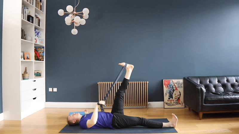 BroFlo Online Bonus Content - BroFloSlo – Bedtime Flo - Target areas: Hamstrings, Hips, GlutesLevel: 1Time: 30 minsRecuperate after a tough run or gym session, or simply prepare the body for decent nights sleep with this slower, more restorative practice.