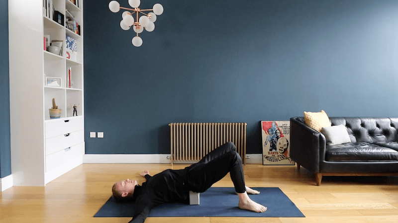 BroFlo Online Bonus Content - BroFloSlo – Back for the Future - Target areas: SpineLevel: 1Time: 30 minsThis much slower and static 'yin' style practice aims to allow the spine to move accessibly through all of it's planes of movement. This is my go to practice when I experience any discomfort in the back of my body.