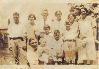 Nell Cooper and her family, c. 1927