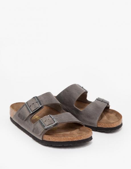 Arizona-oiled-iron-birkensotcks-sandals.jpg