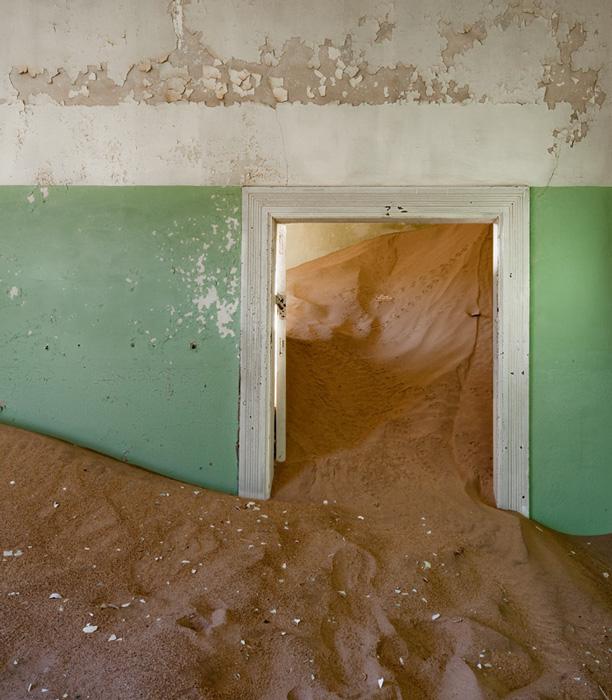 indoor-desert-photos-by-Alvaro Sanchez-Montanes.jpg