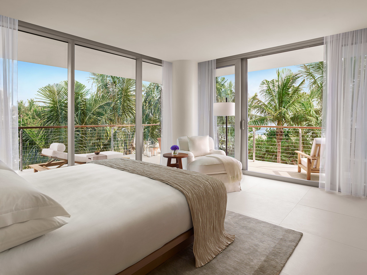 edition-miami-ian-schrager-room.jpg