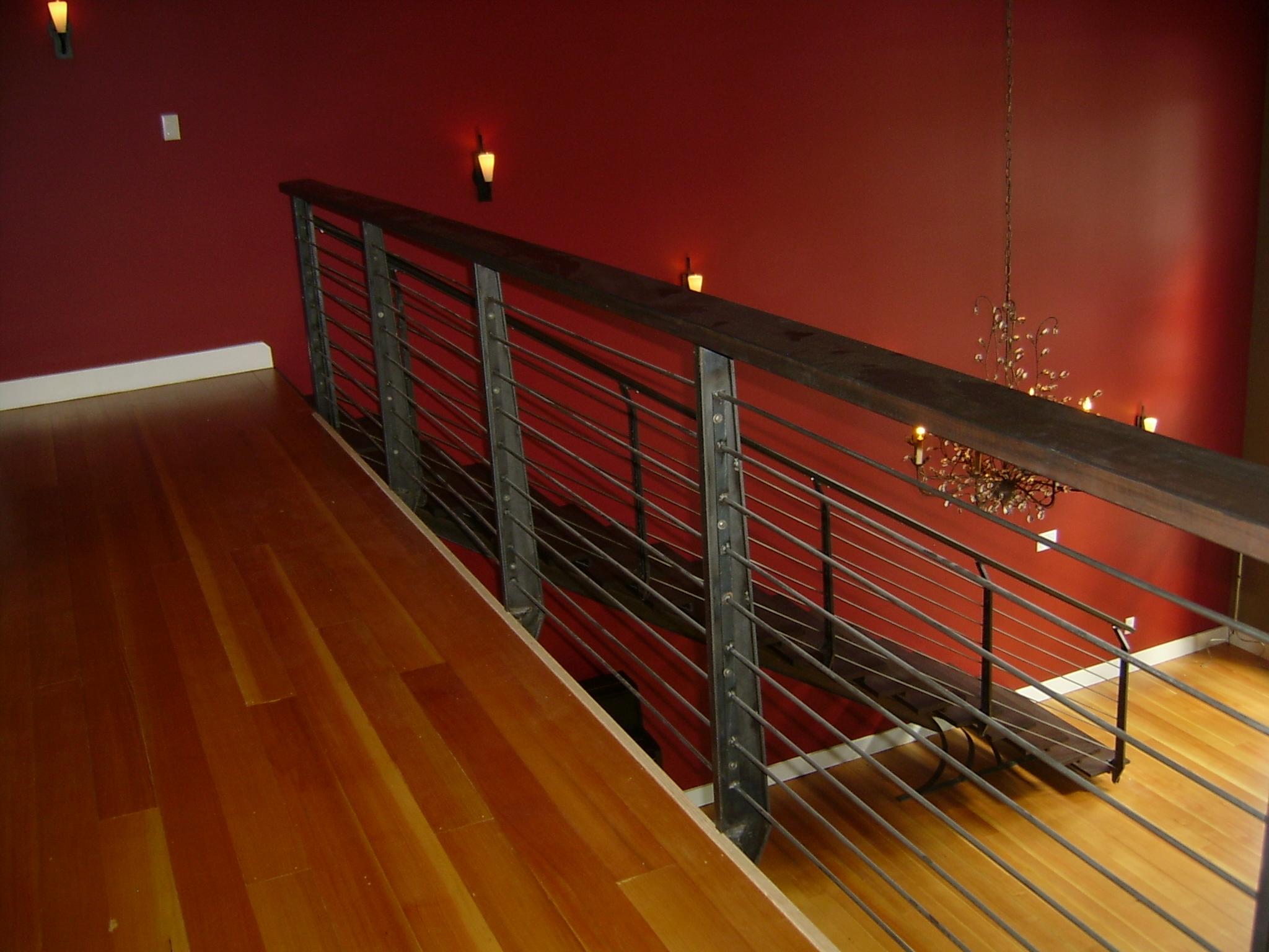MEDFORD - horiozntal railing.JPG