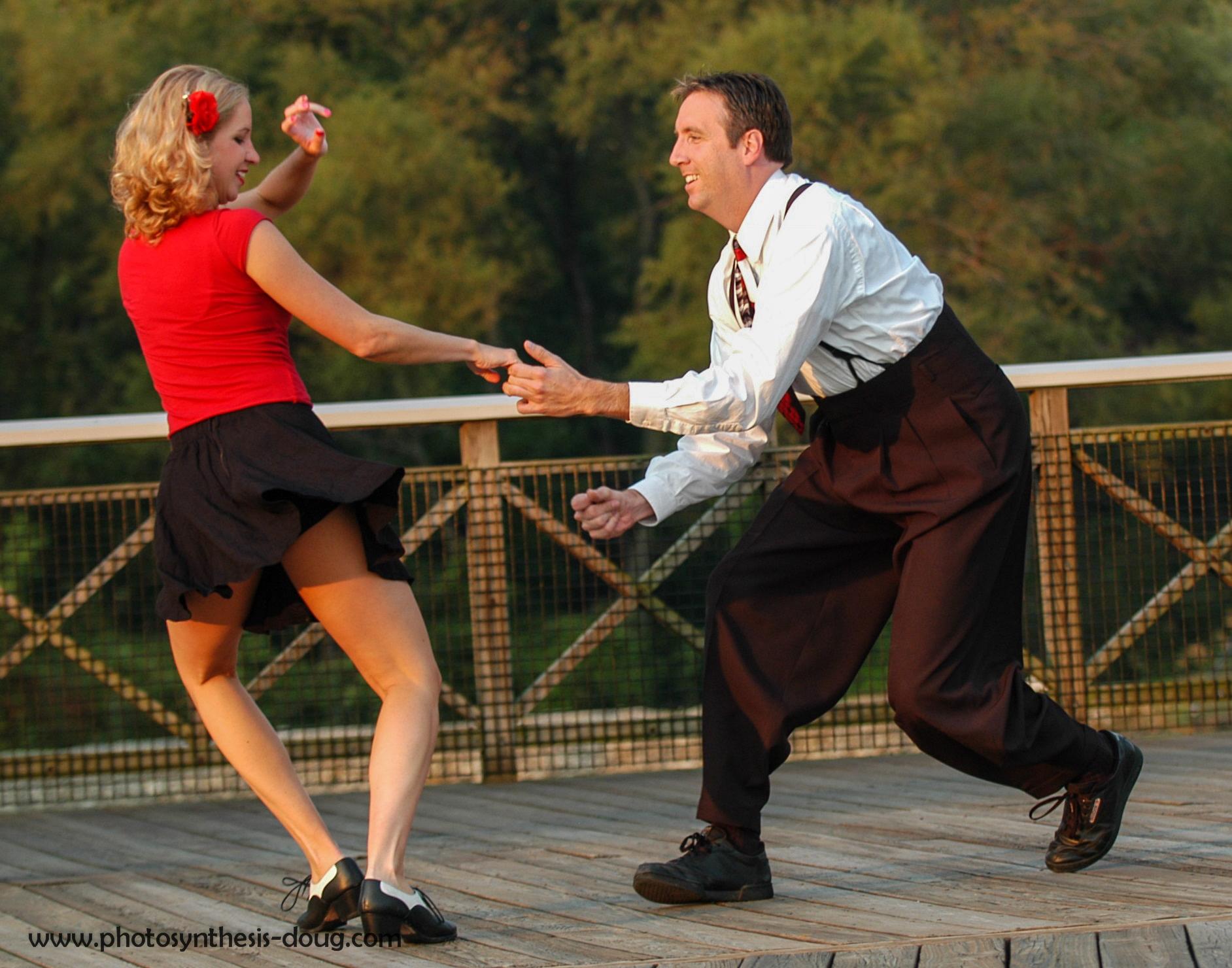 Lindy dancers-7164.jpg