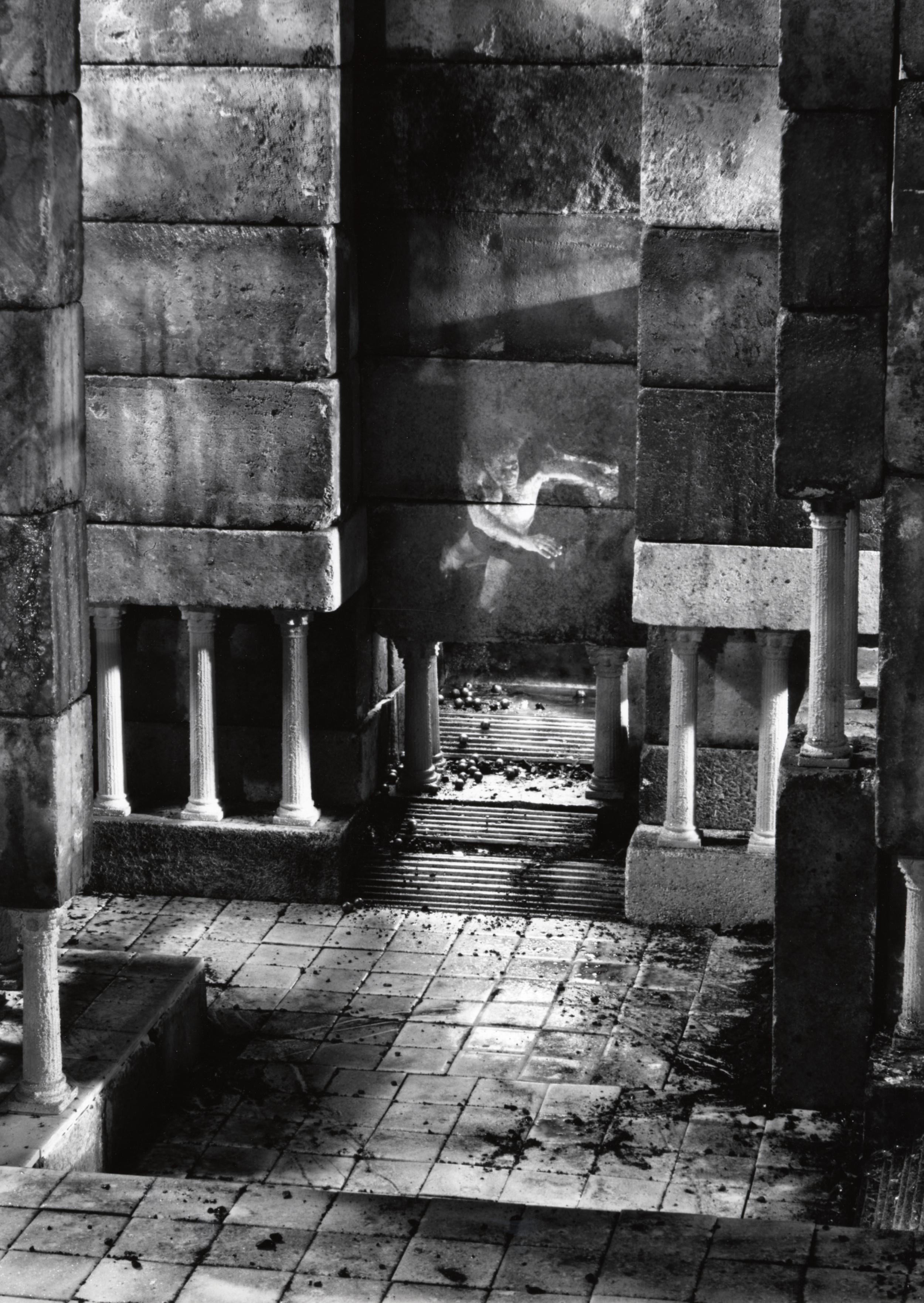 ruins 2.jpg