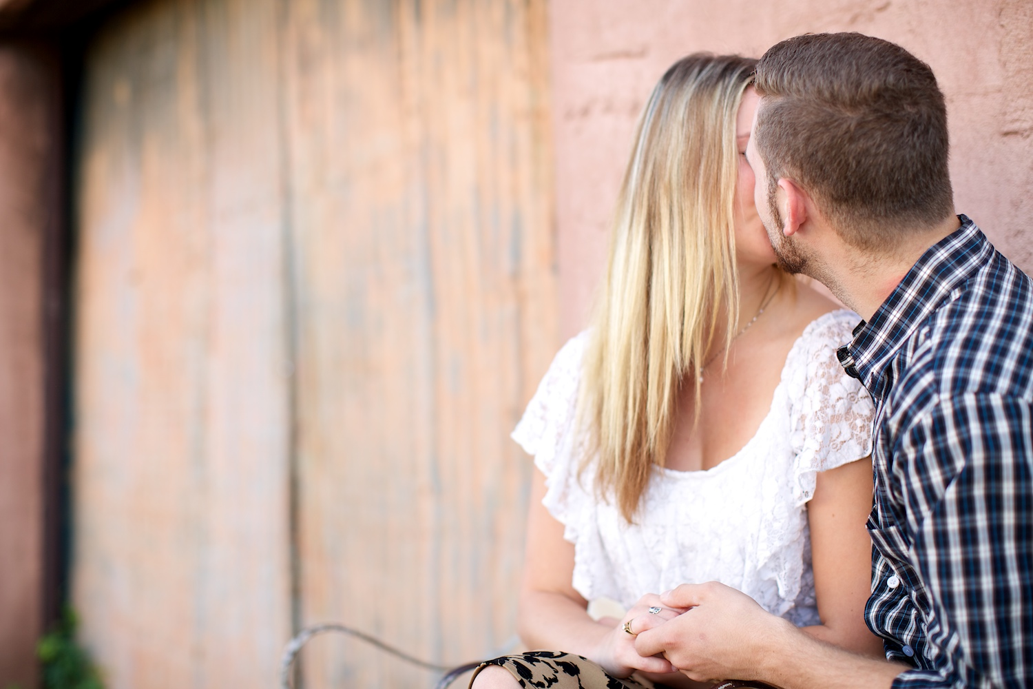 Old Town Scottsdale offers a lot of texture to couples' photos