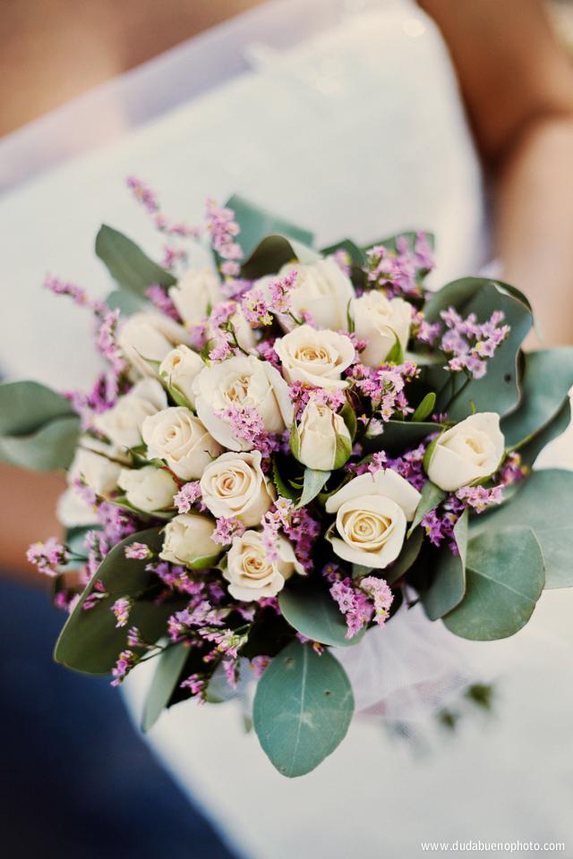 Ramo de boda con rosas