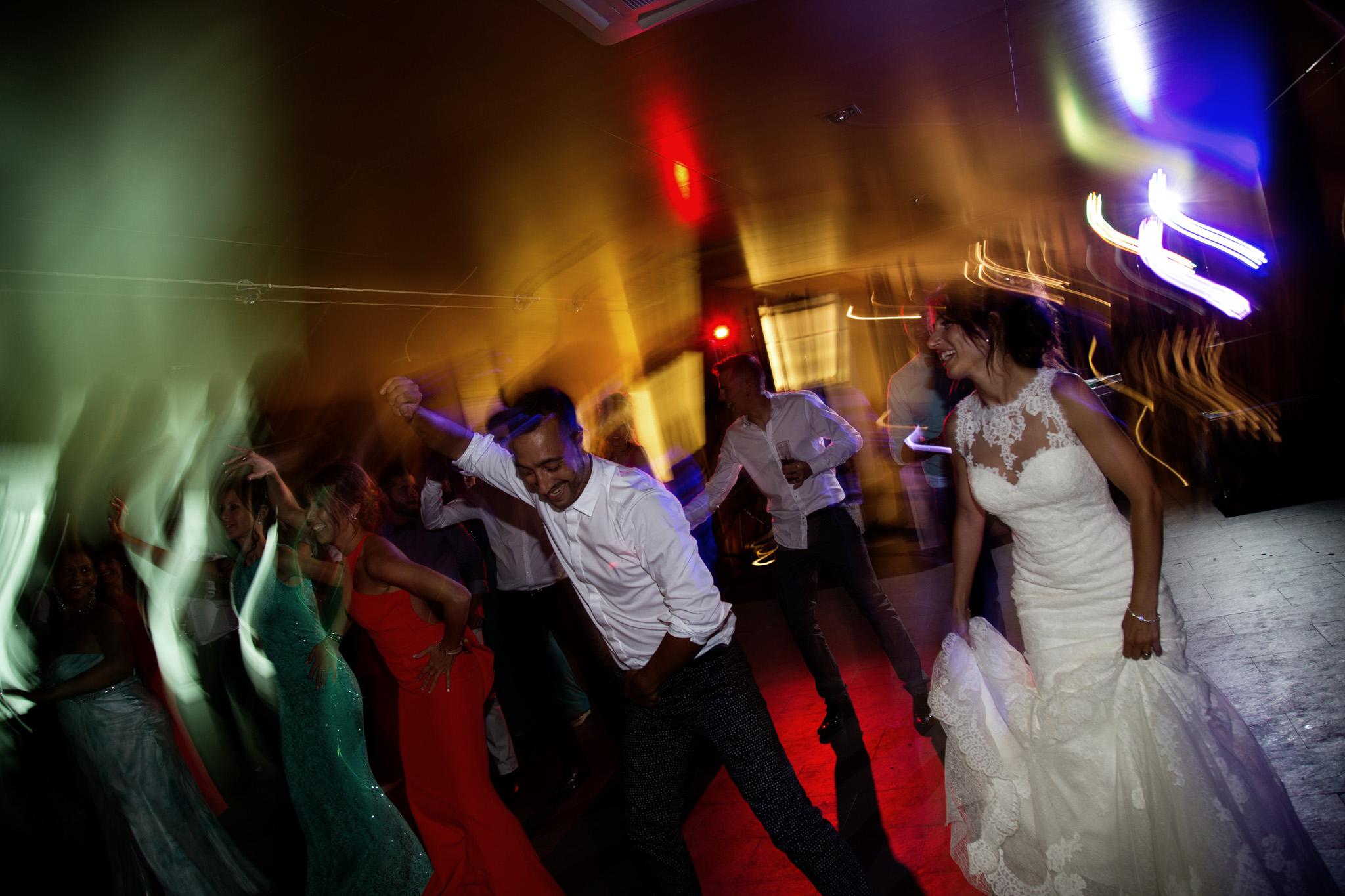 gran fiesta en la boda de Marta y Albert