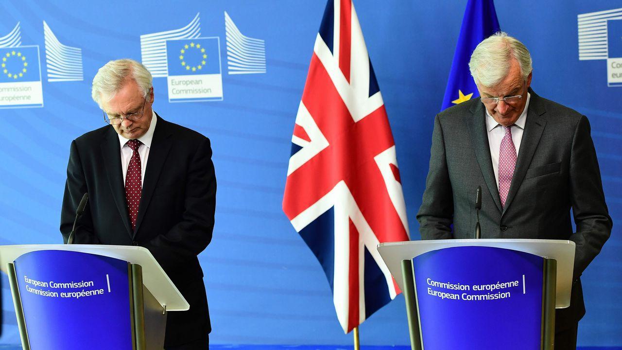 Zijn Michel Barnier en David Davies na vijf Brexit-gespreksronden uitgepraat? - Foto: La Voz de Galicia (Emmanuel Dunard/AFP)