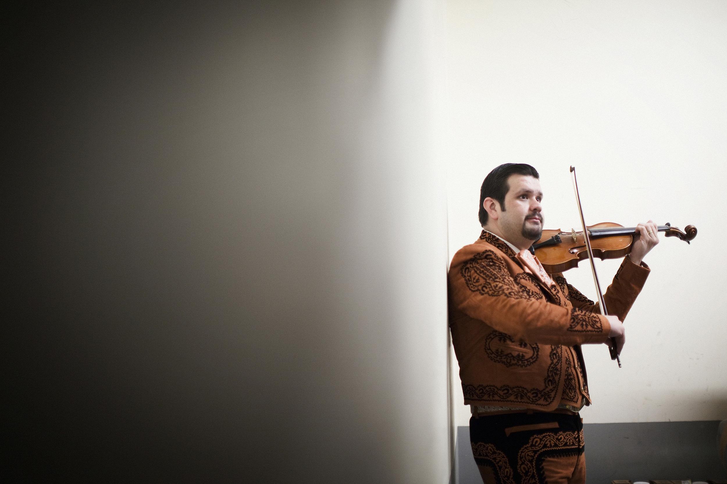 mariachis-day2-0902.jpg