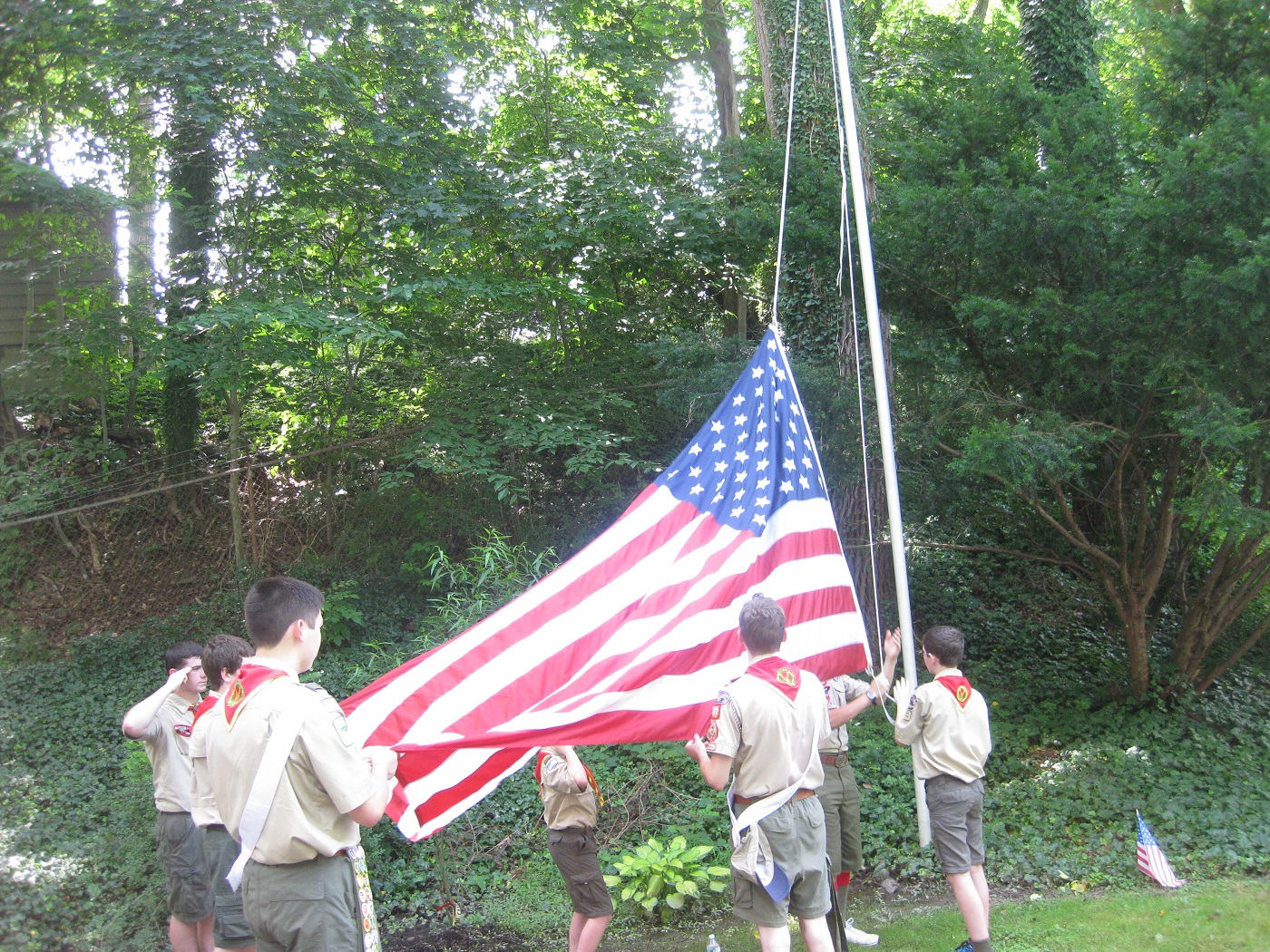 scouts raising flag.jpg