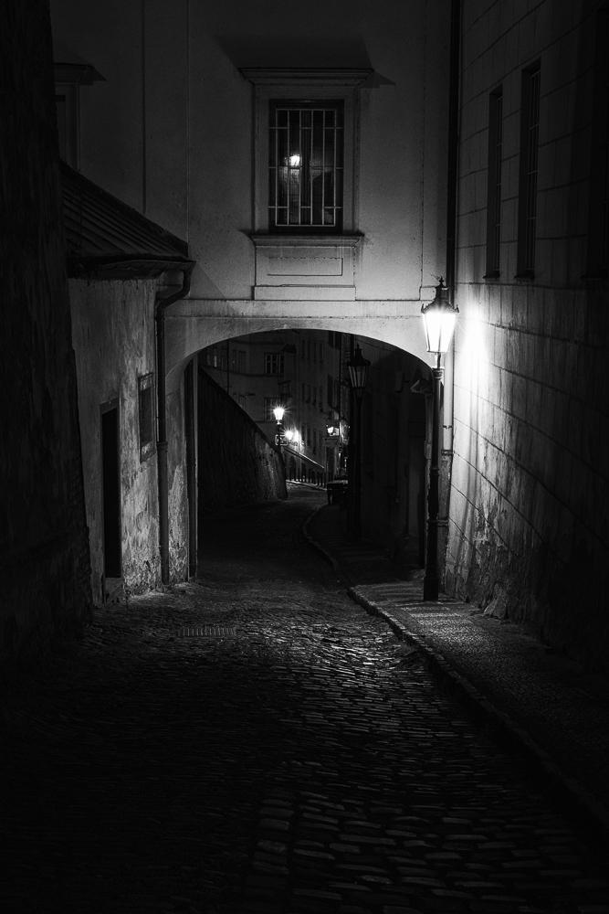 Praha alley.jpg