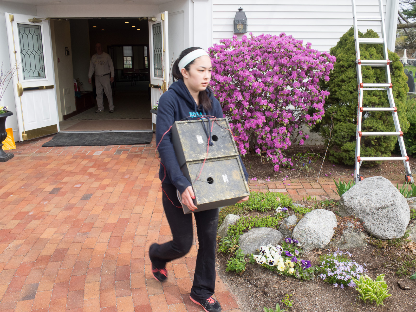 1405 spring work day youth carrying speakers.jpg