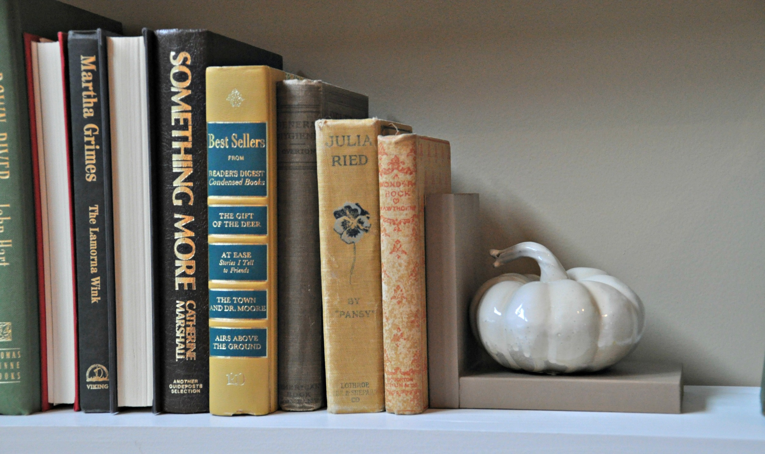 Pumpkin Bookend side.jpg