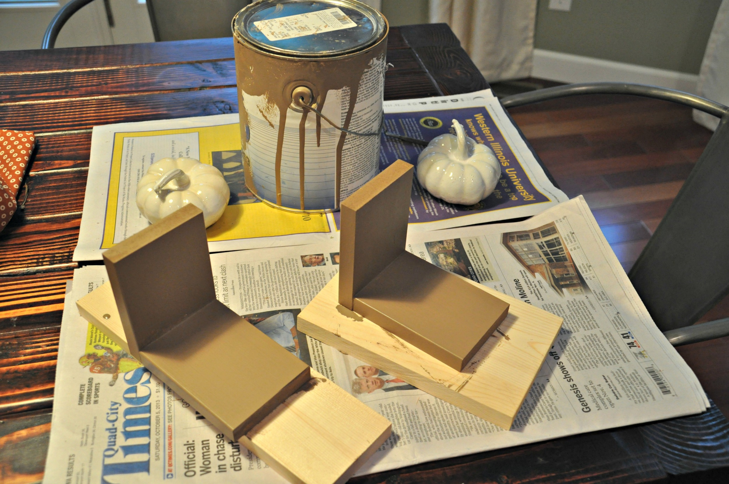 DIY Pumpkin Bookends1.jpg