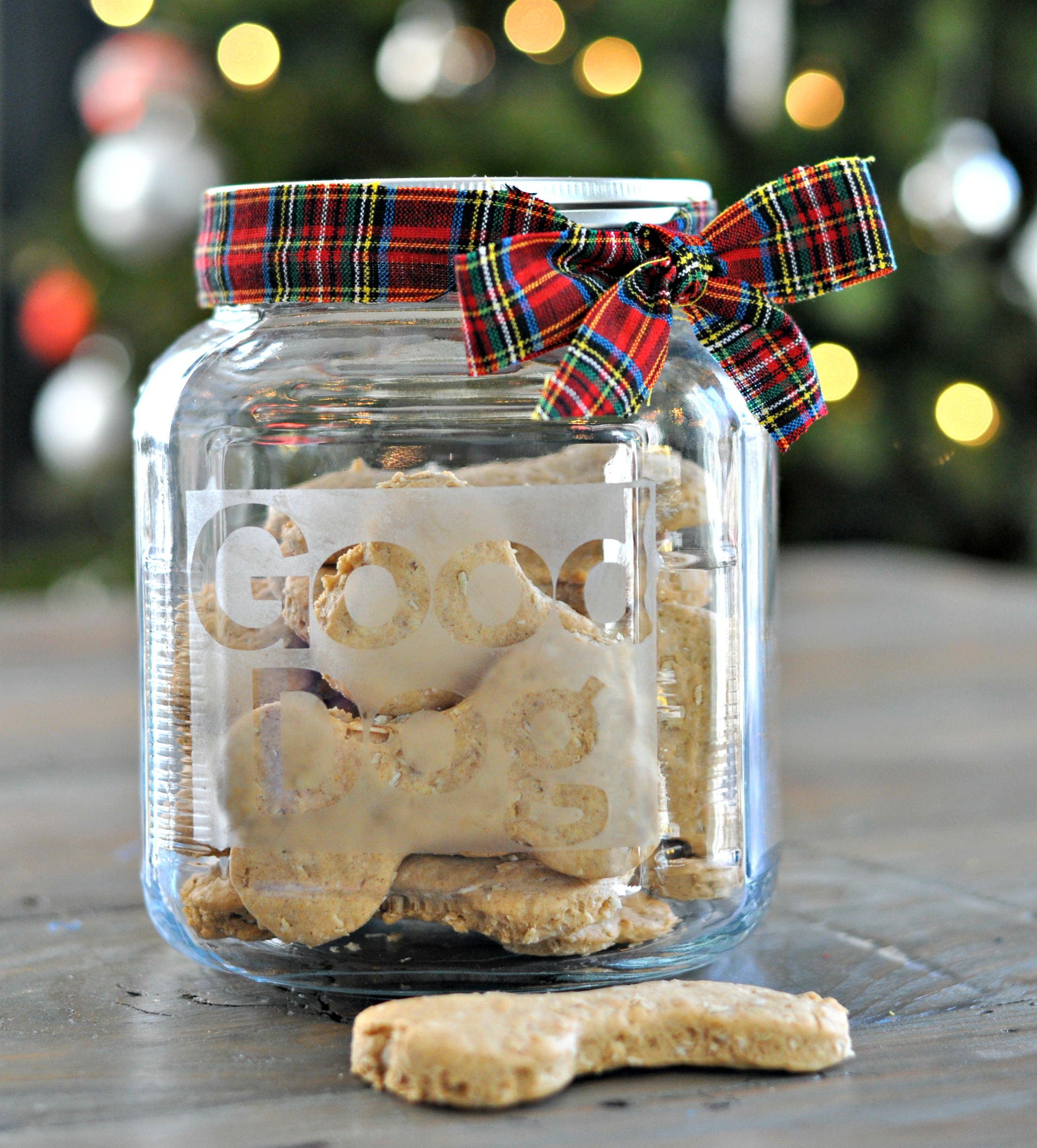 DIY Dog Treat Jar.  Great holiday gift for your furry friends.