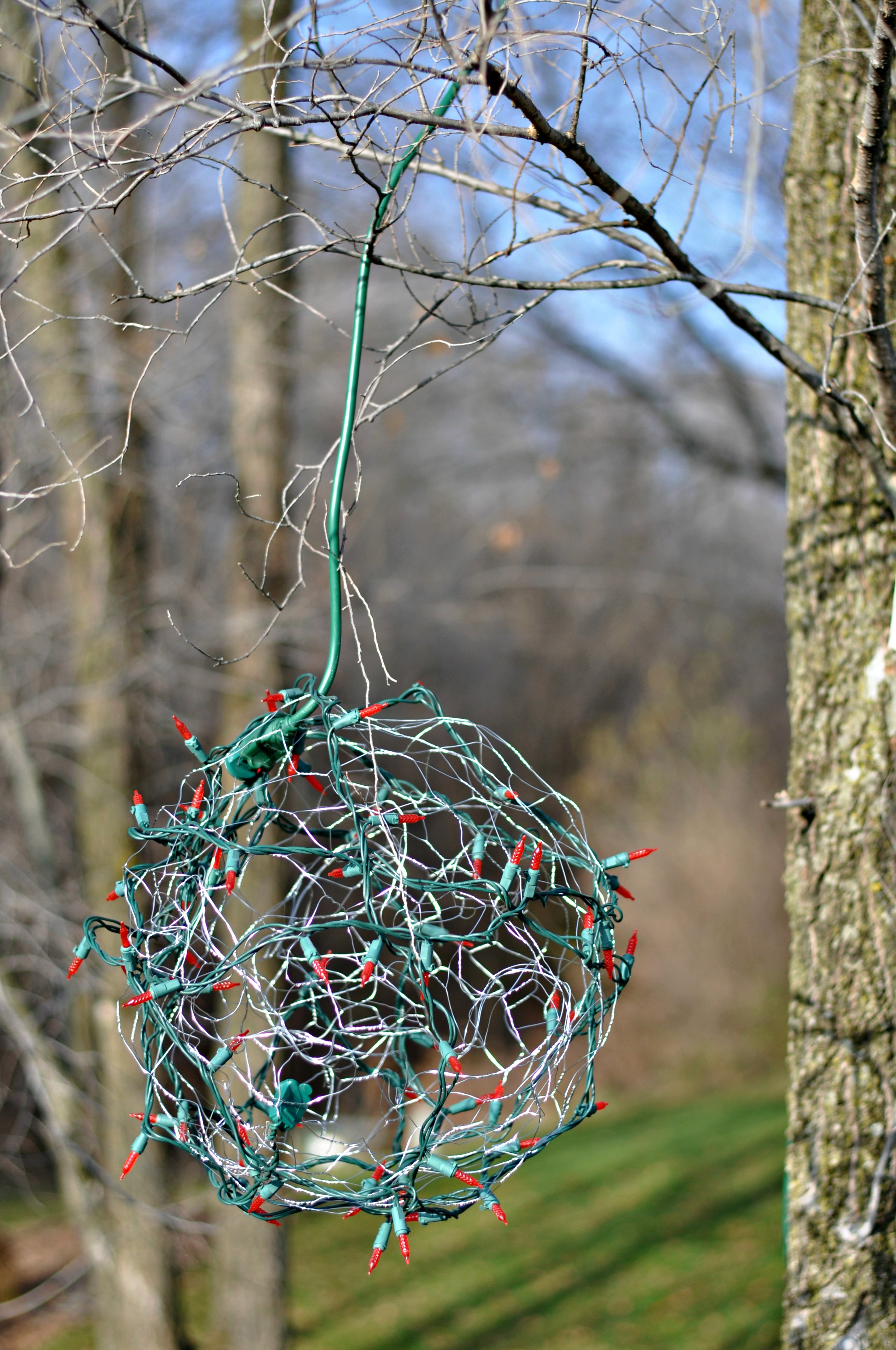 Outdoor hanging lighted ball