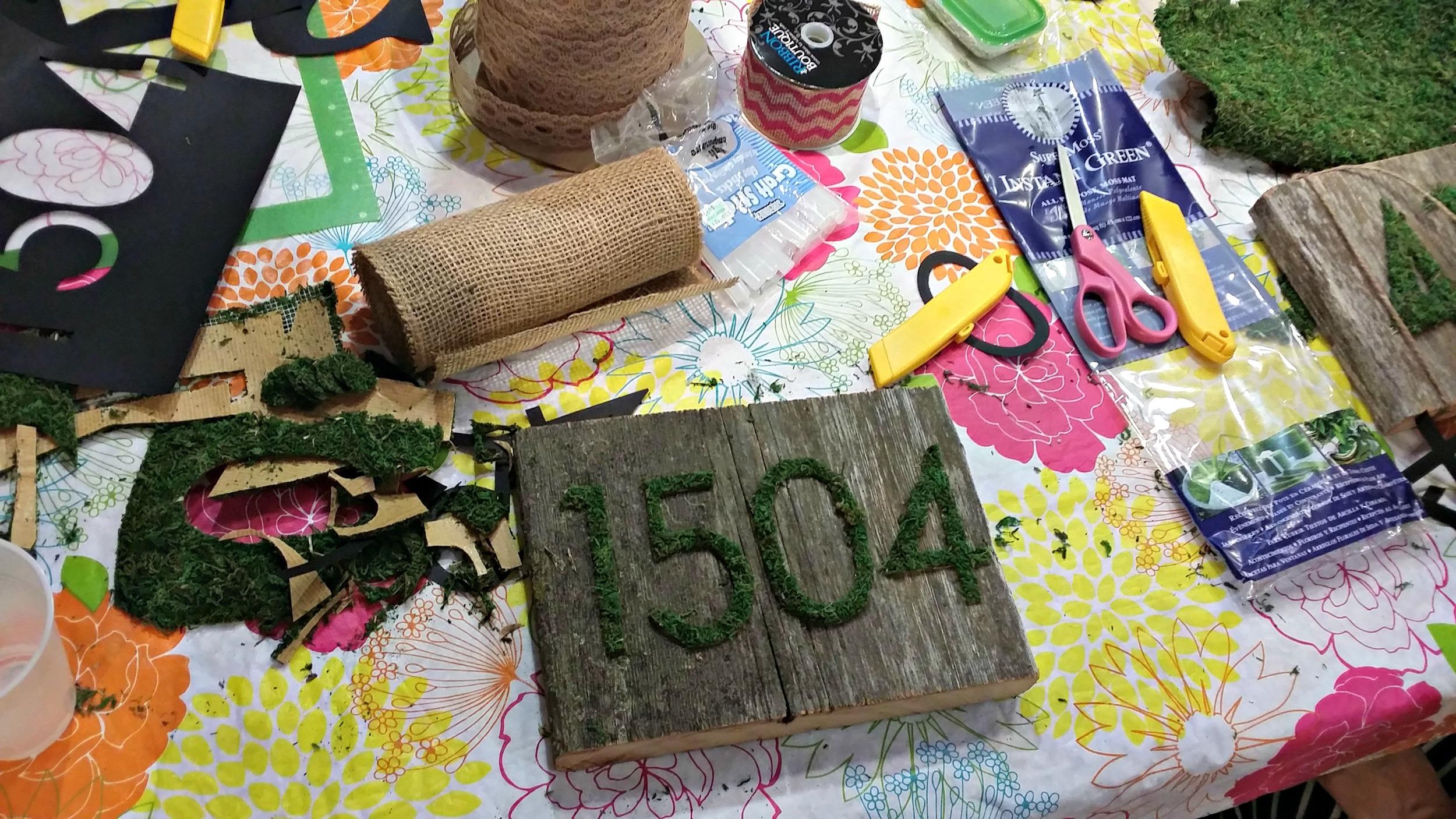 Craft Night {Moss and Barn Wood}
