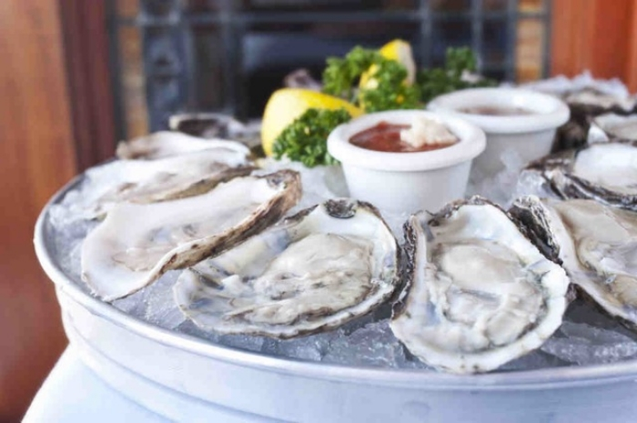 21-best-oysters.w529.h352.2x.jpeg
