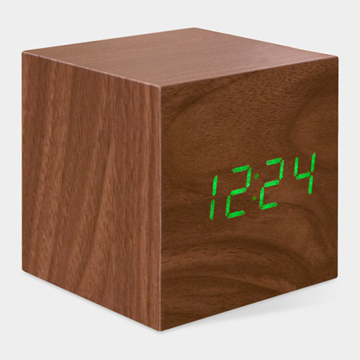 102007_A2_Clock_Cube_Wood_Sound_Sensitive.jpg
