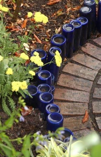 garden-edging-bottles.jpg