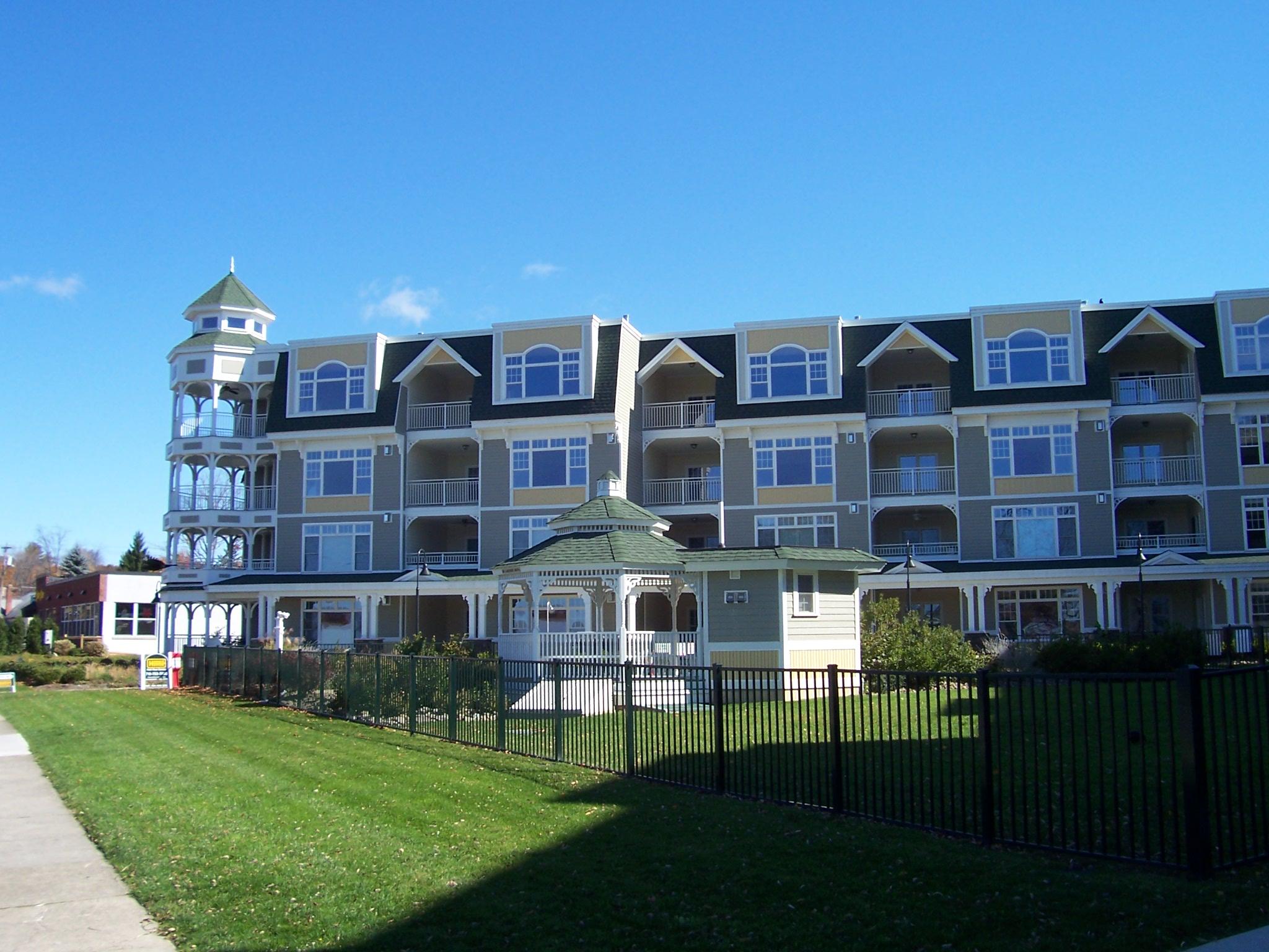 Bemus Bay Condominiums