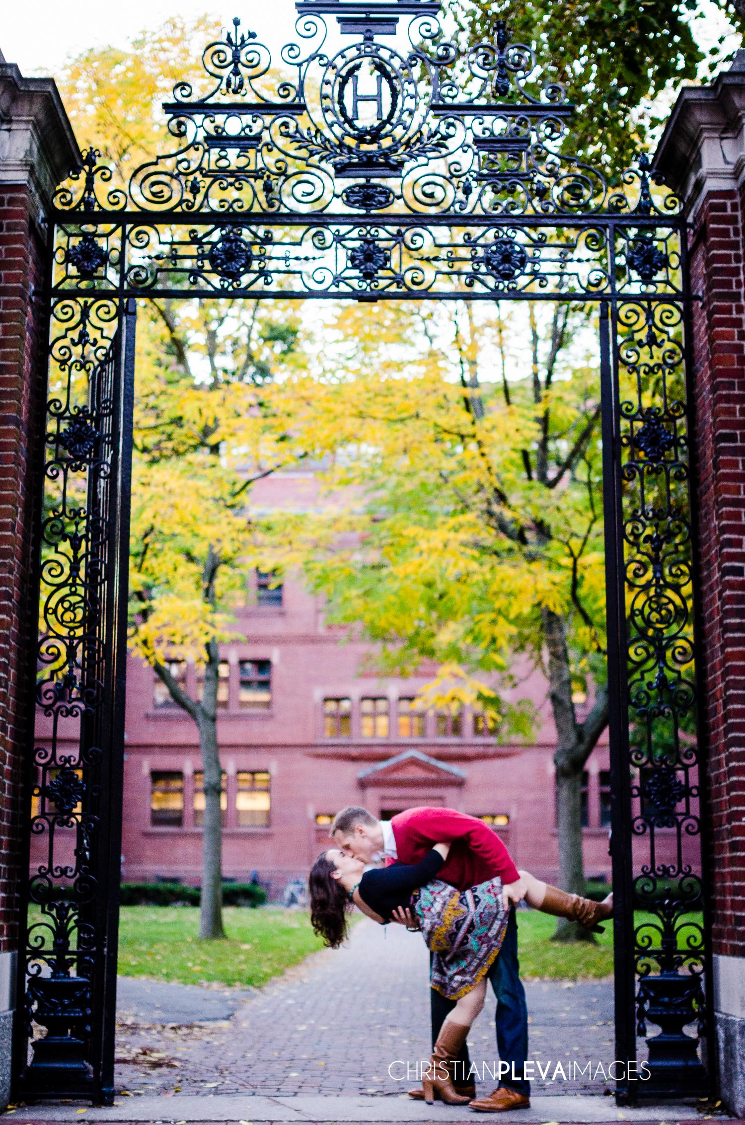 Harvard engagement photography-4.jpg