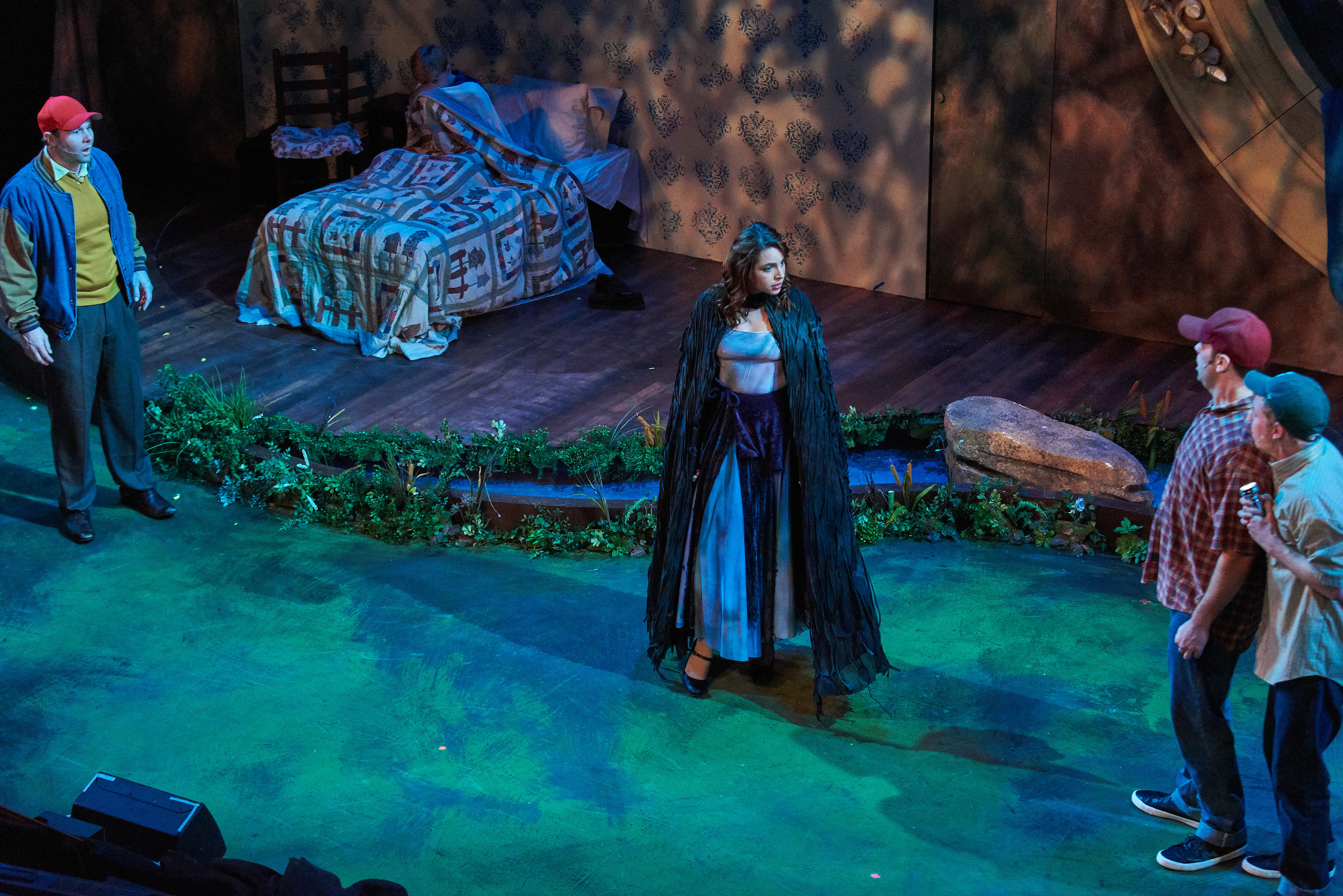 Big Fish  at Theatrical Outfit.  Photo: Chris Bartelski